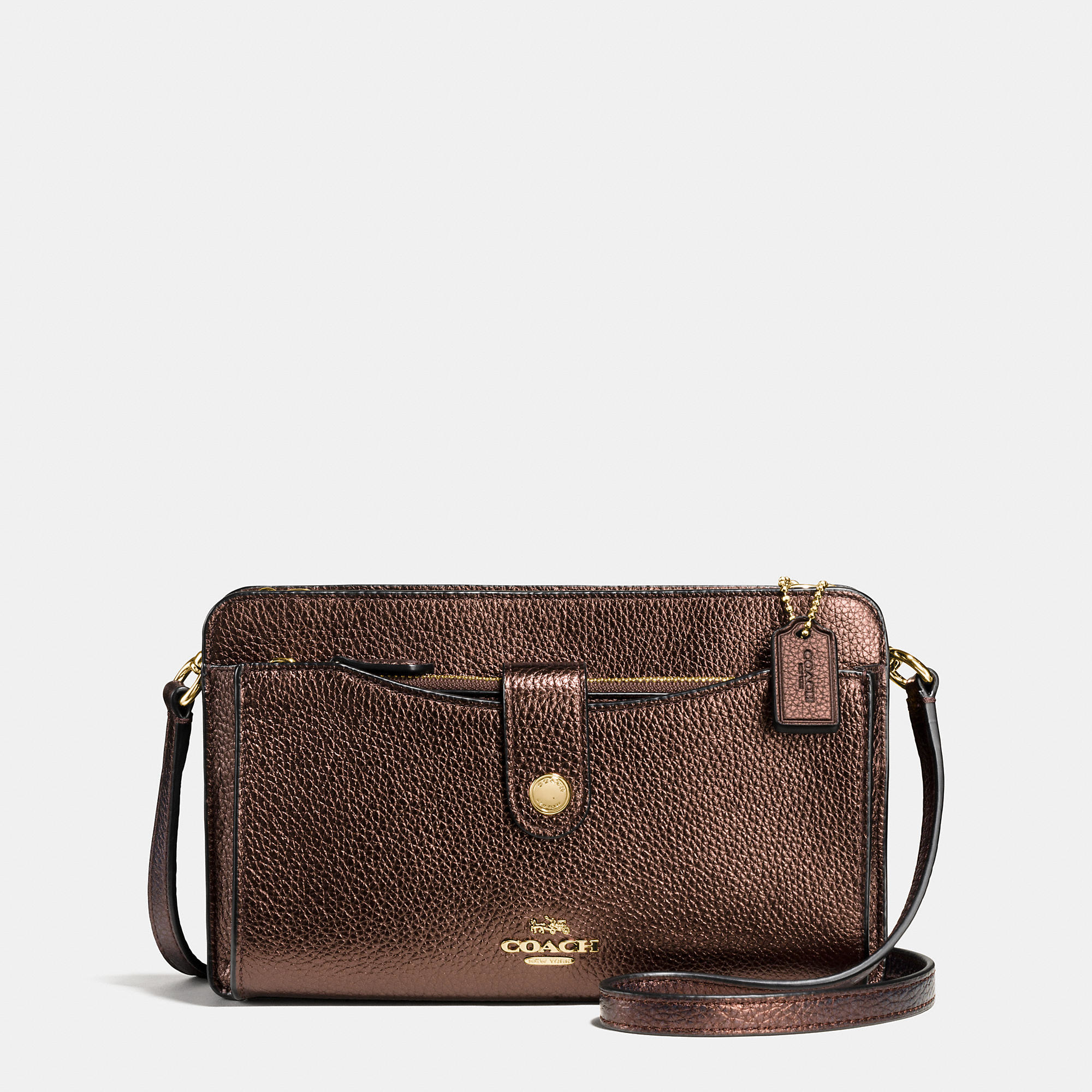 When looking for a good Weekender Bag, be sure to check out a Nylon Weekender Bag as well as a Leather Weekender Bag, when buying at Macy's.