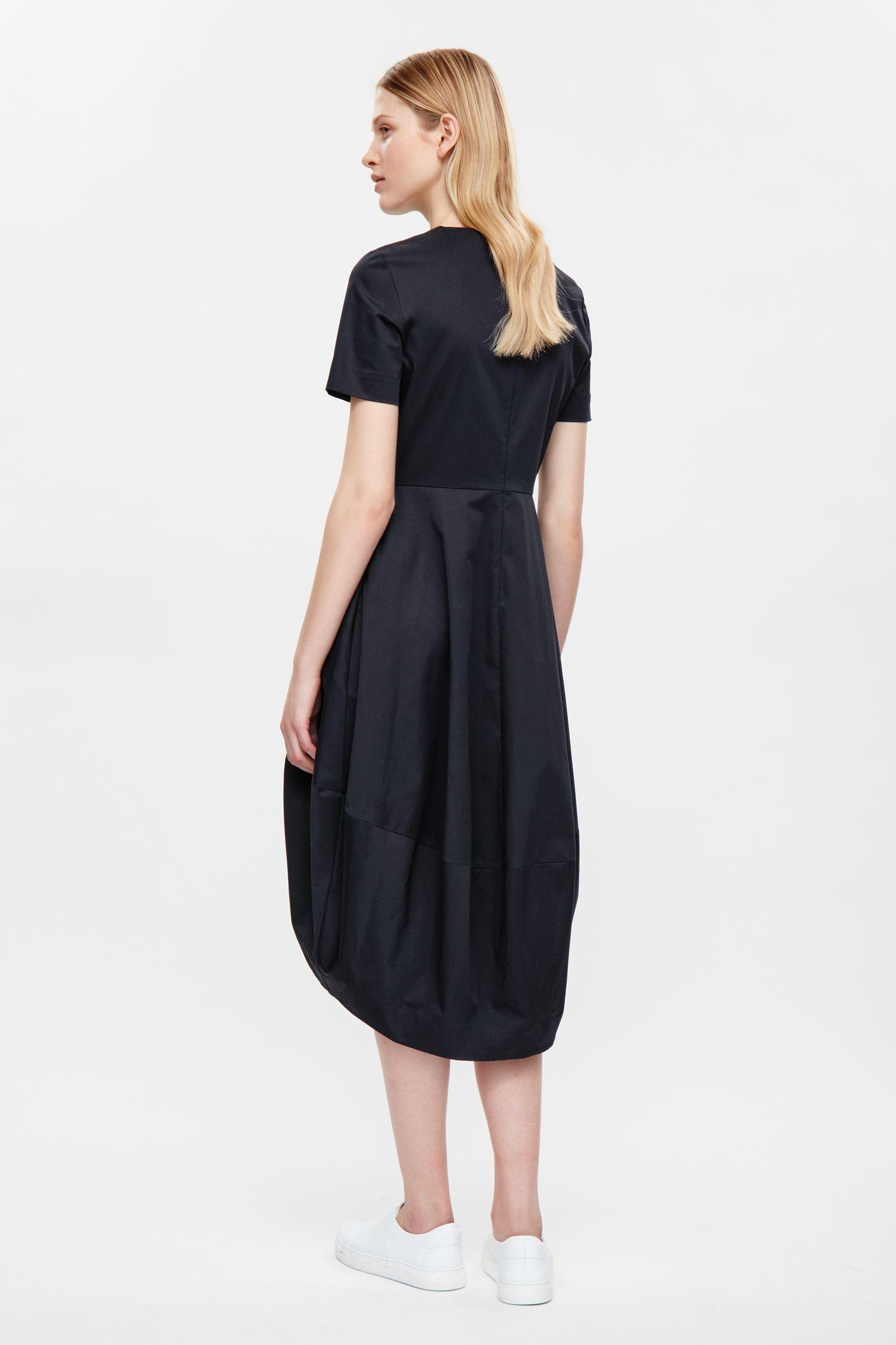 beee67643 COS Dress With Cocoon Skirt in Blue - Lyst
