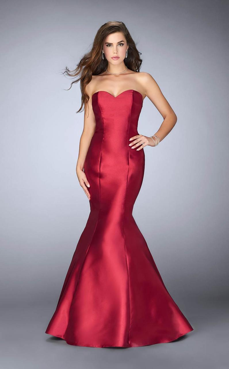 3afb9894fa06 La Femme. Women's Red 23916 Strapless Sweetheart Strappy Open Back Mikado  Prom Dress