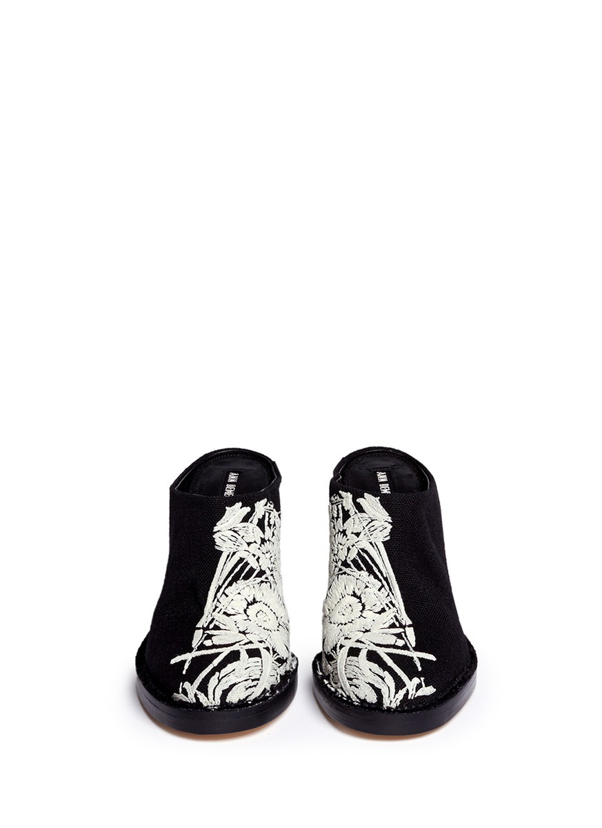 ANN DEMEULEMEESTER Embroidered loafers aNhqNyOHU3