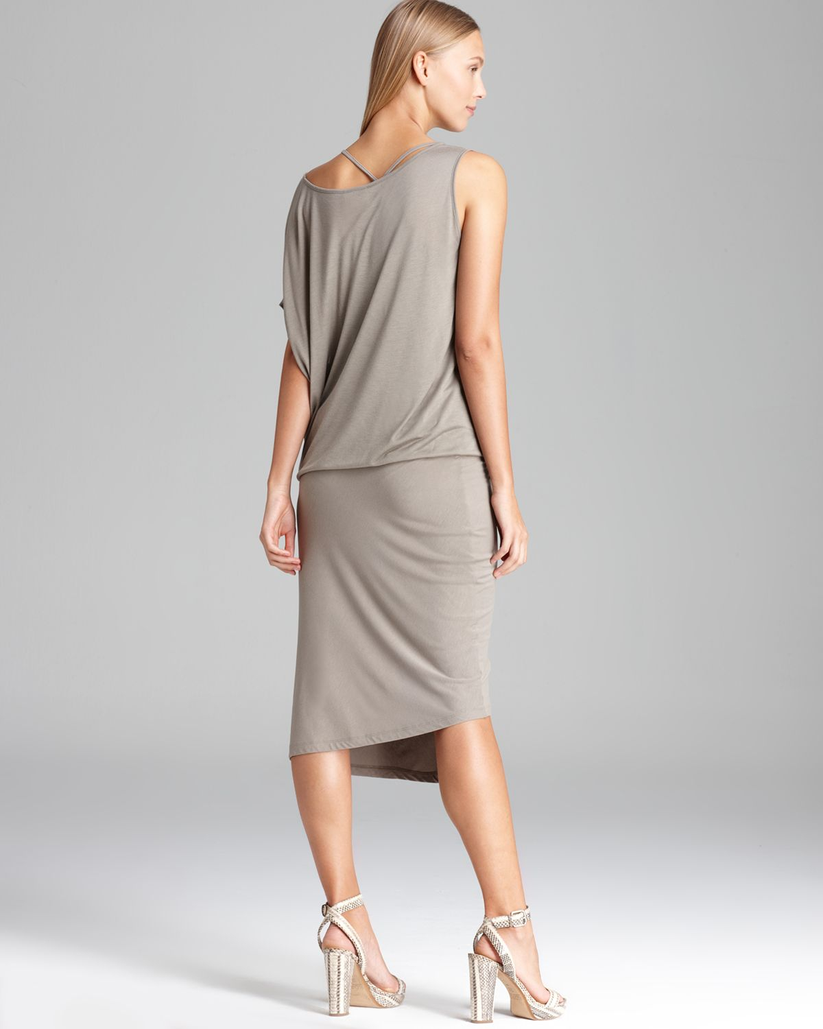 Dkny Double Layer Short Sleeve Scoop Neck Dress In Natural