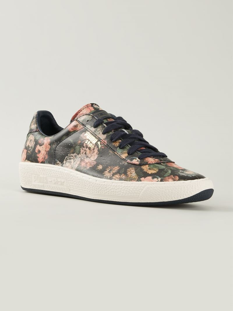 4881246fbc1f Gallery. Previously sold at  Farfetch · Women s Lace Sneakers ...