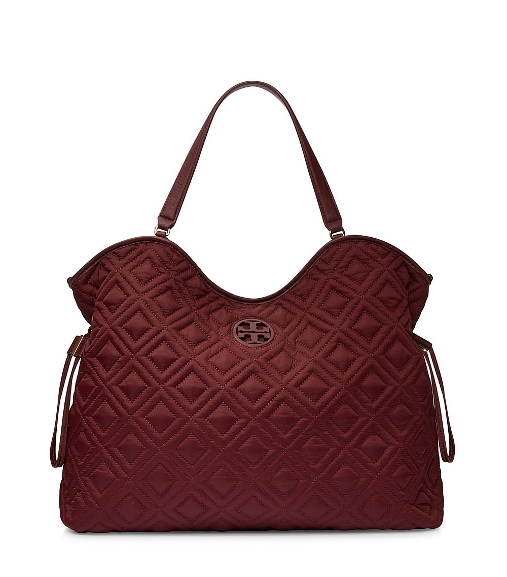 Lyst Tory Burch Marion Quilted Slouchy Baby Bag In Purple