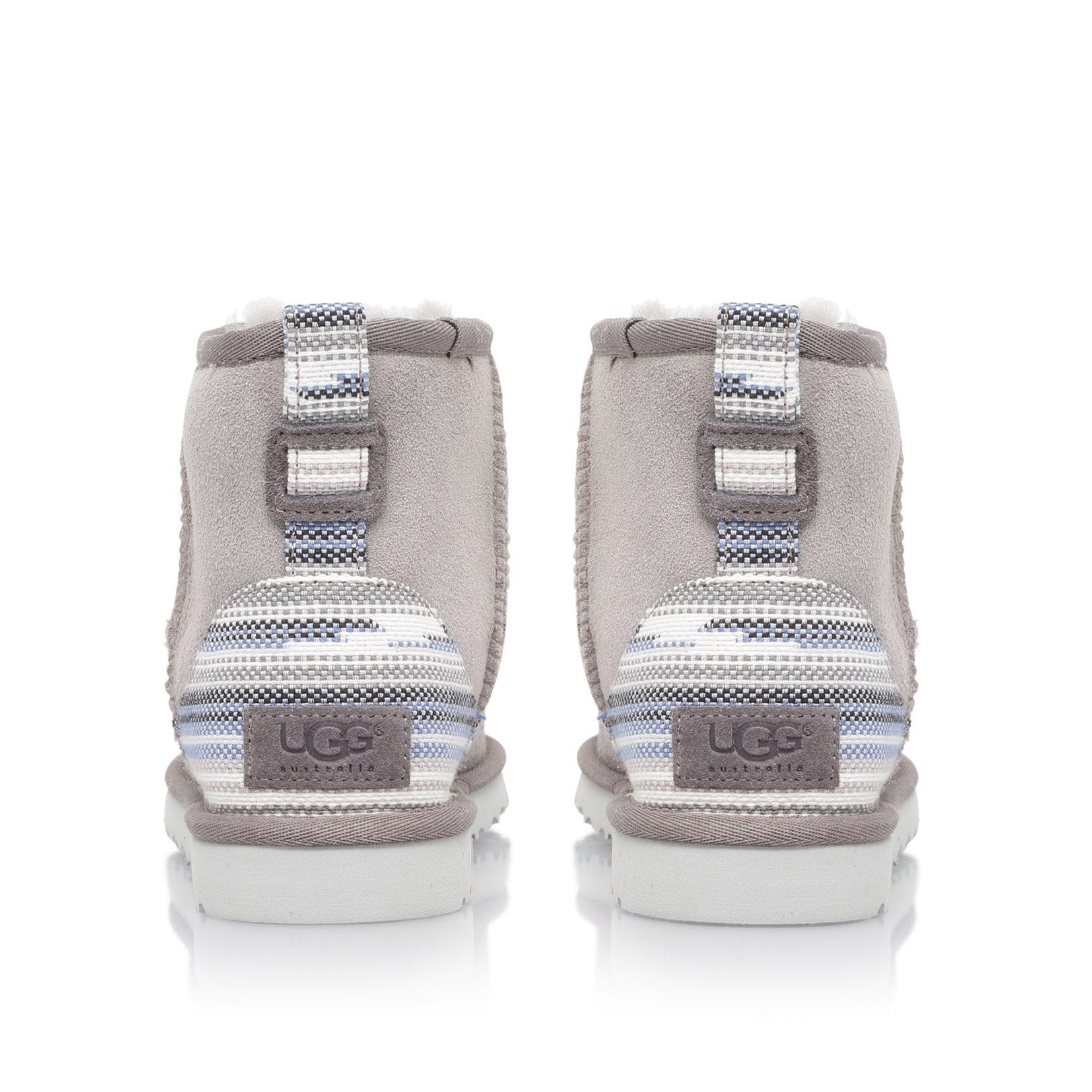 UGG Fur Classic Mini Serape in Light Grey (Grey)
