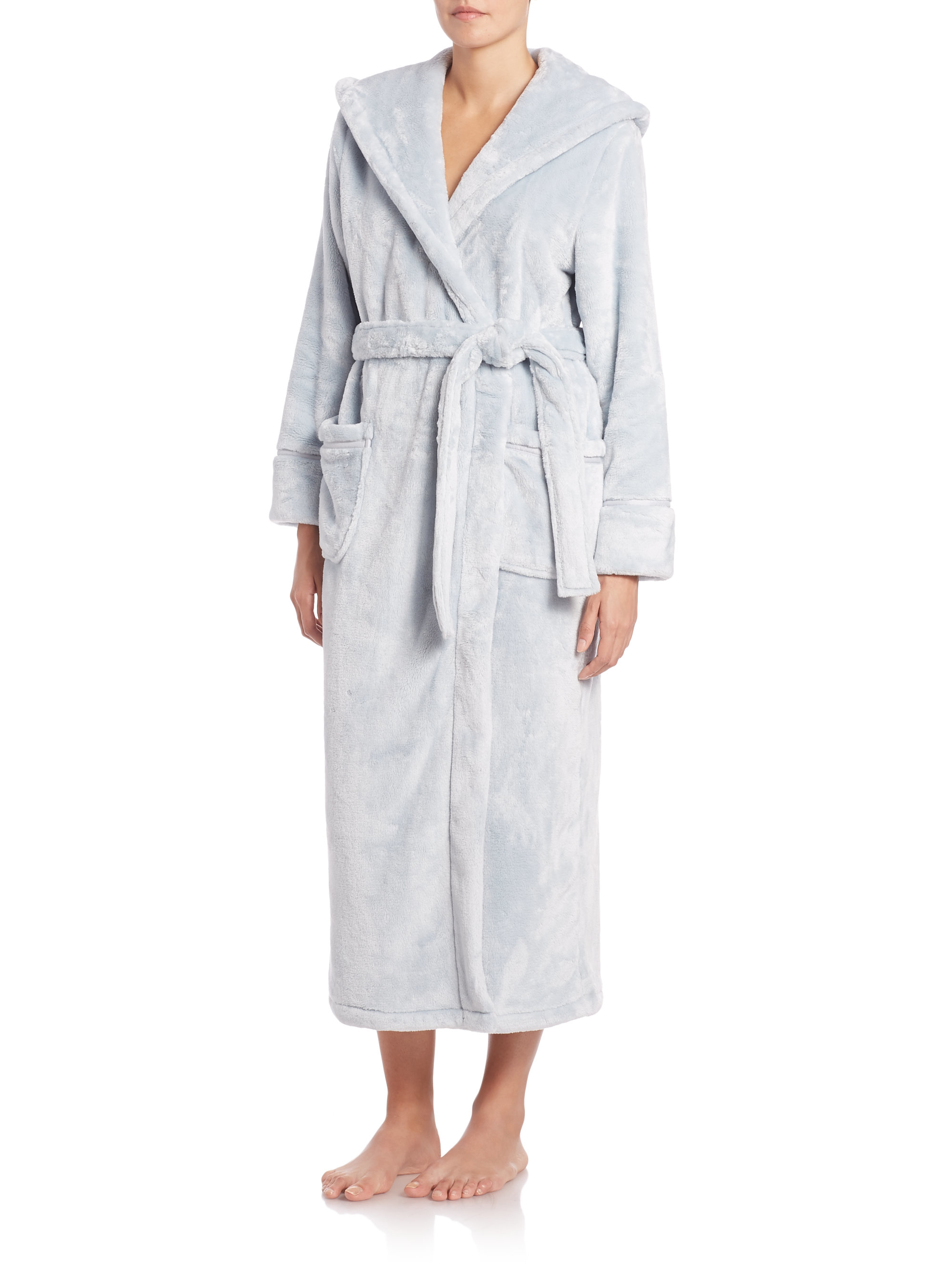 Saks fifth avenue hooded plush robe in green lyst for Saks 5th avenue robes de mariage