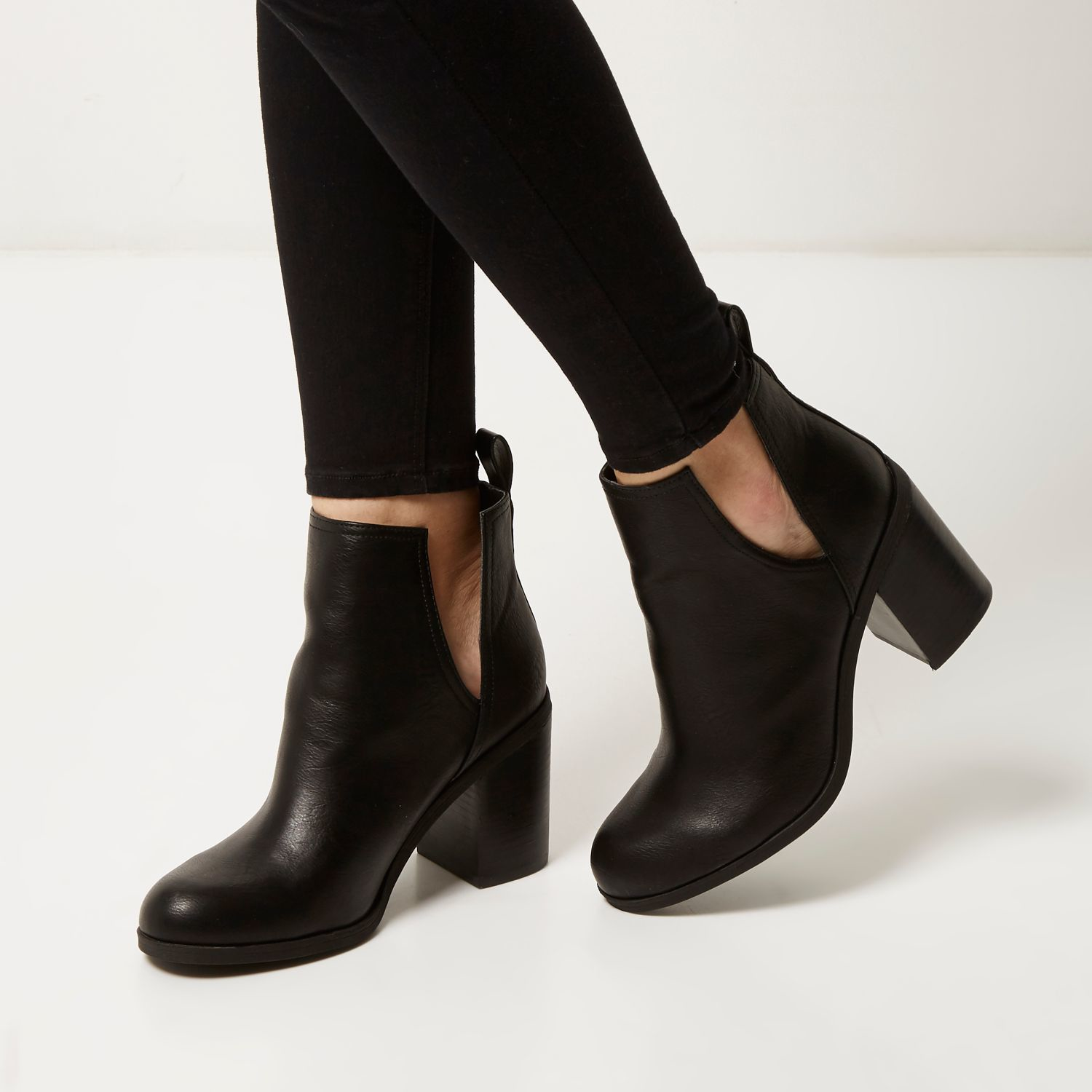 0bb28665b1d River Island Black Cut-out Side Heeled Ankle Boots - Lyst