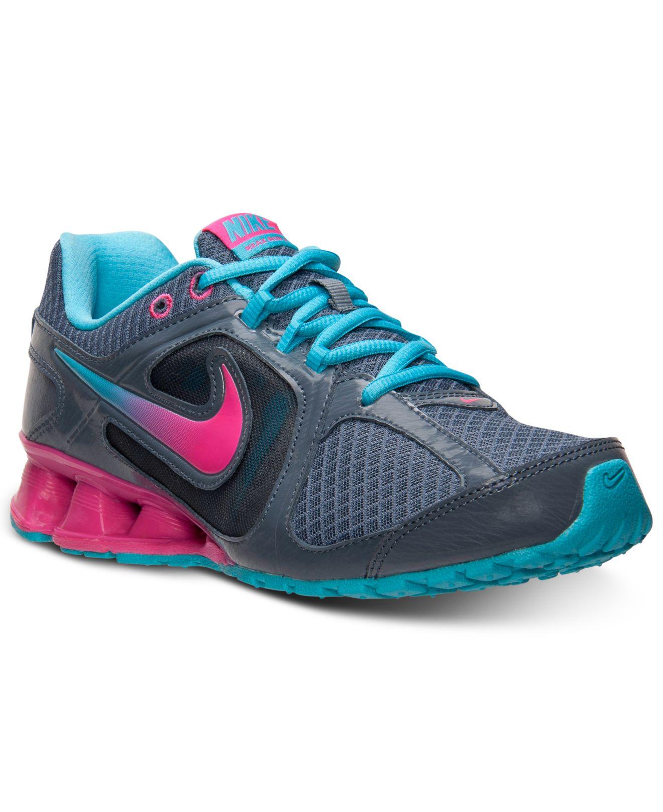 Om S Shoe Line