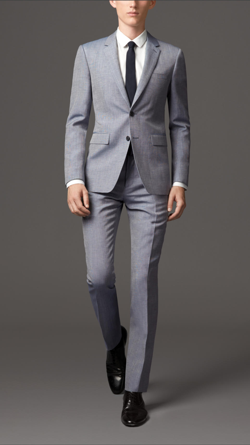Get the stylish fit you deserve with expertly designed suits from this collection at Banana Republic. Shop men's modern suits at Banana Republic and have a fantastic new outfit for business or pleasure, and everything in between.