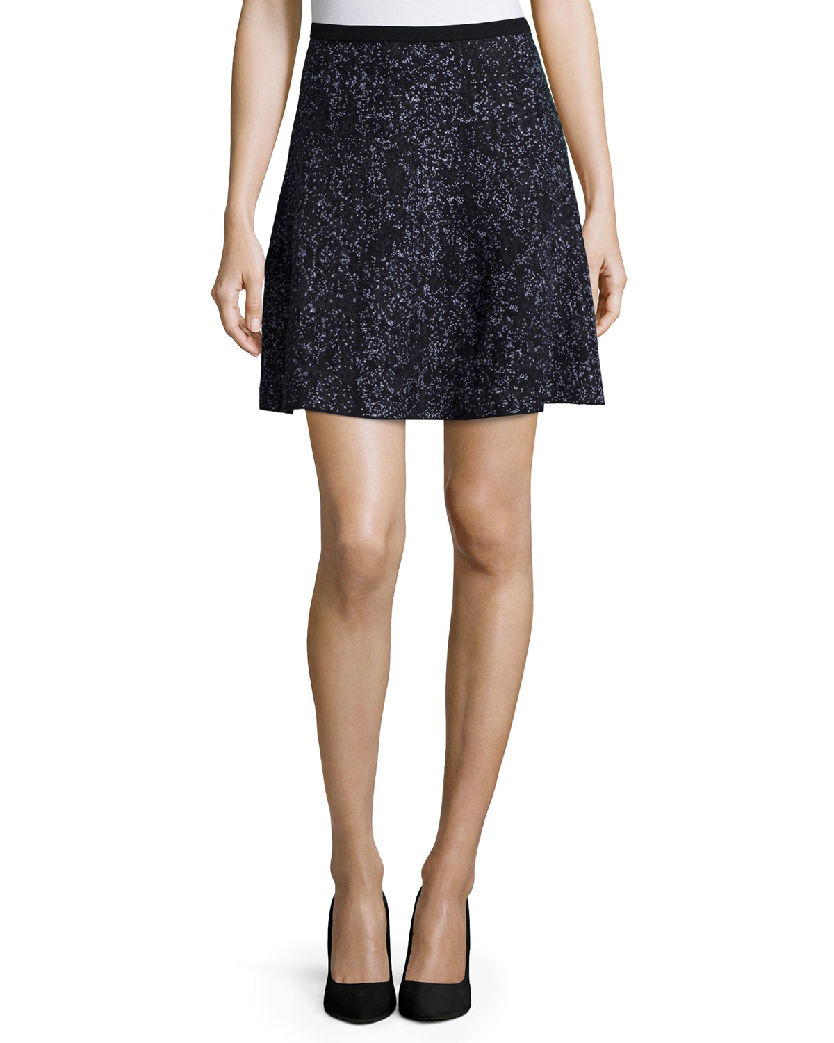 theory loteamee printed a line skirt in black black