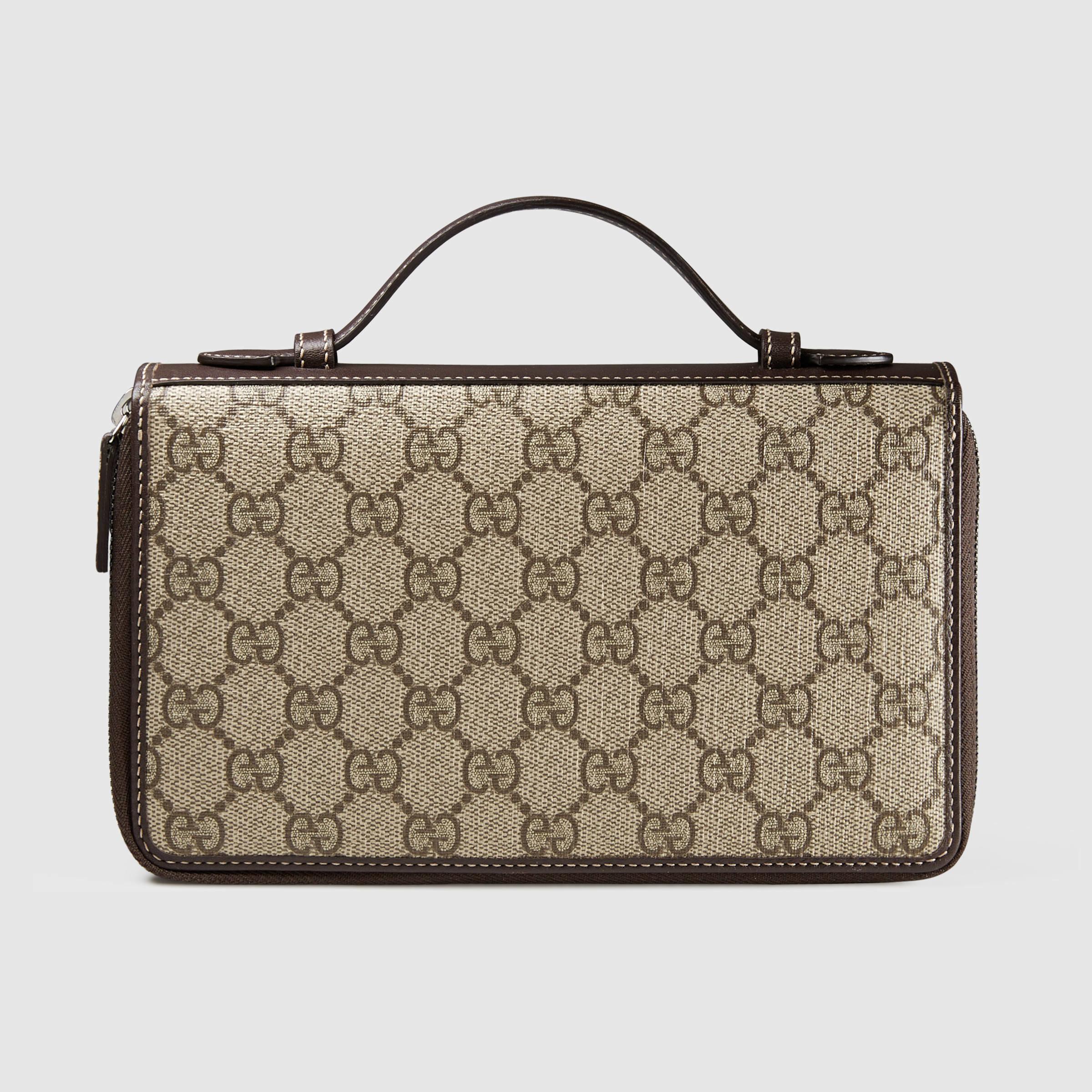 08d7cf2ec8e0 Gucci Gg Supreme Travel Document Case in Brown - Lyst