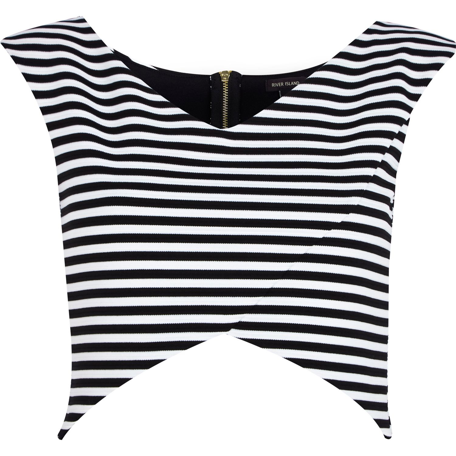 {breton stripes} Striped top outfit Striped tops Striped Shirt Outfits White t shirt dress Black and white shirt Black & White Stripes BLACK AND WHITE STYLE Navy stripes Forward One can never have too many striped tees // lesbian a la mode.