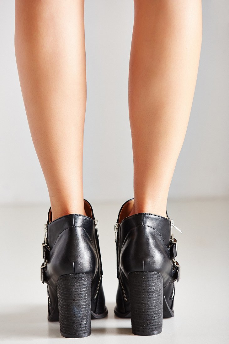 1dd62b857ef Lyst - Urban Outfitters Isabella Buckle Ankle Boot in Black