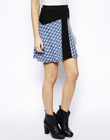 zooey high waisted circle skirt in geo jacquard knit