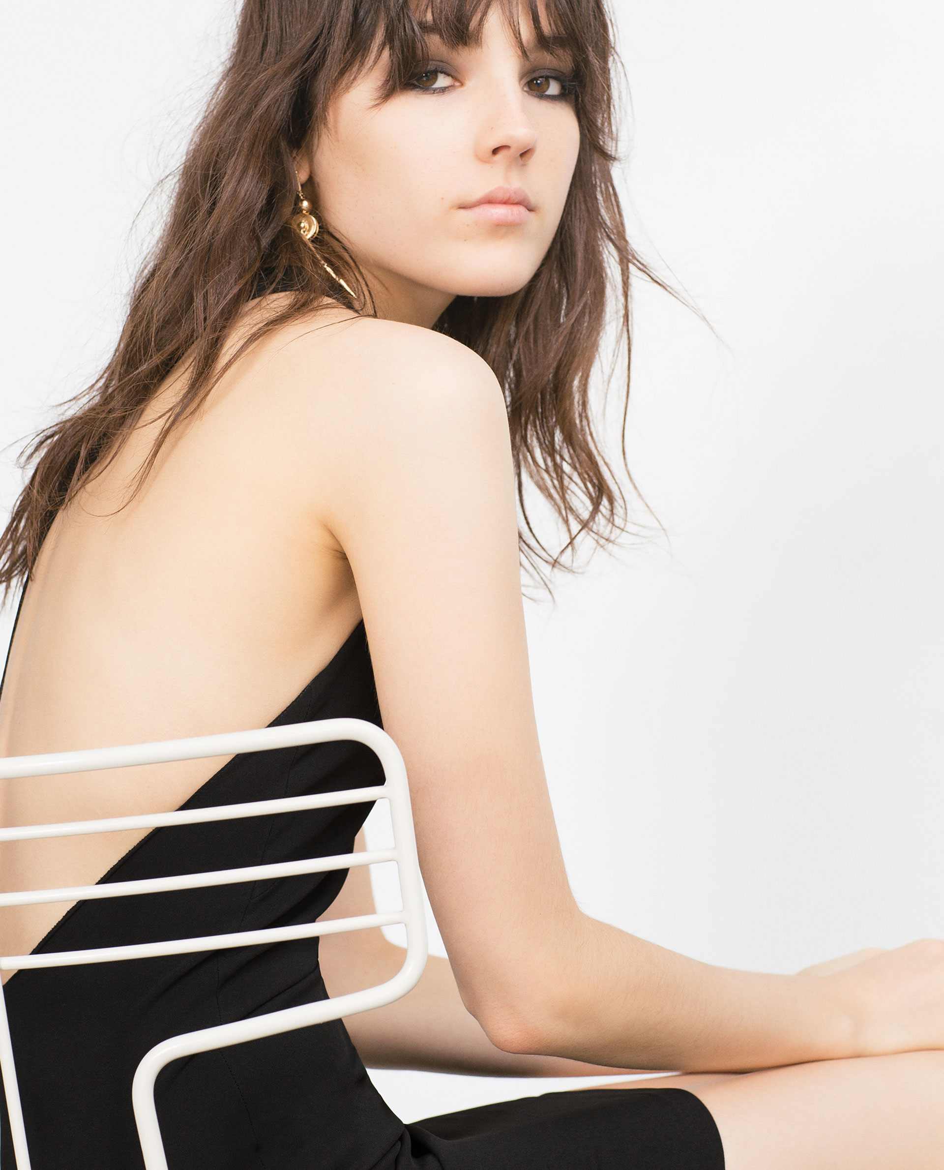 Buy a Strapless Low Back Bra, Halter Low Back Bra, Convertible Low Back Bra or go with a backless bra from Macy's. Macy's Presents: The Edit - A curated mix of fashion and inspiration Check It Out Free Shipping with $49 purchase + Free Store Pickup.