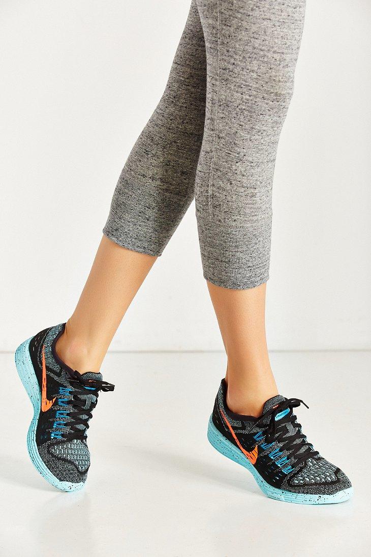 meet e1b30 c37de ... hot lyst nike womens lunartempo running sneaker in blue bc717 edc4d