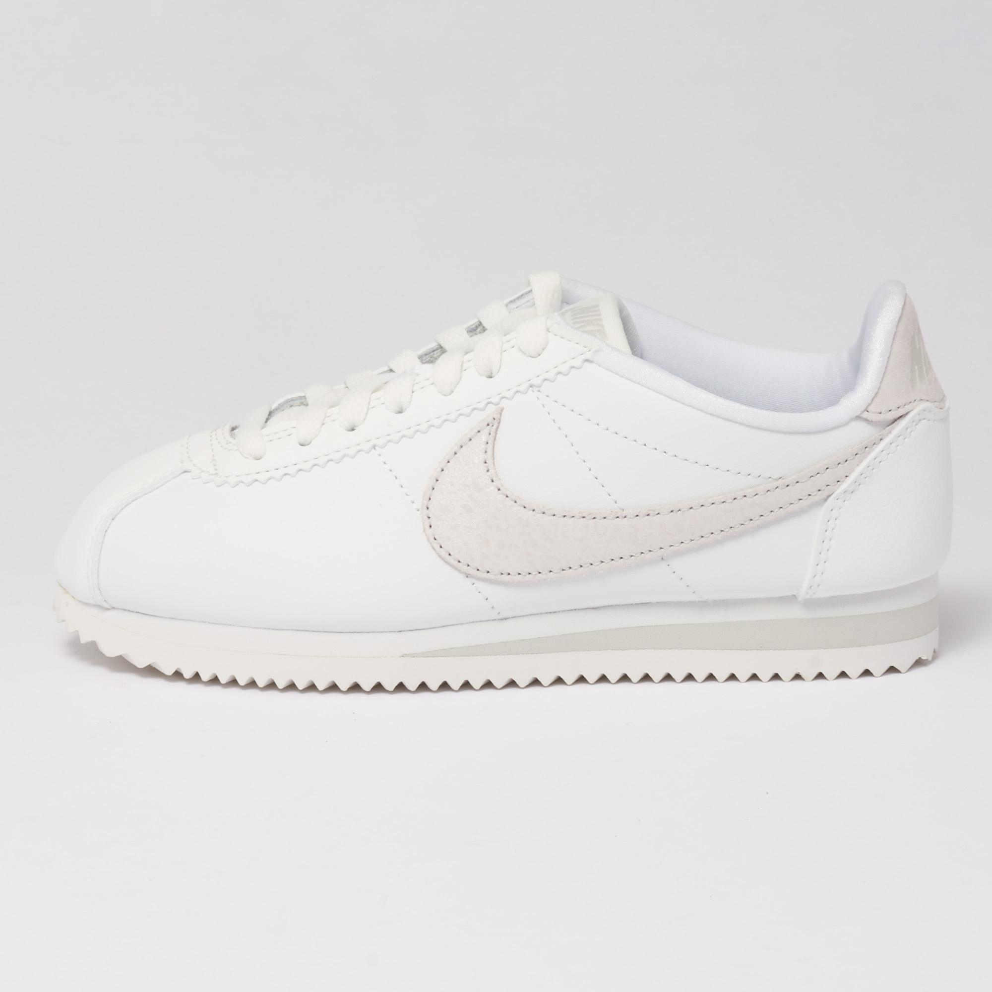 new styles 611df 143c7 Lyst - Nike Classic Cortez Gymnastics Shoes in White