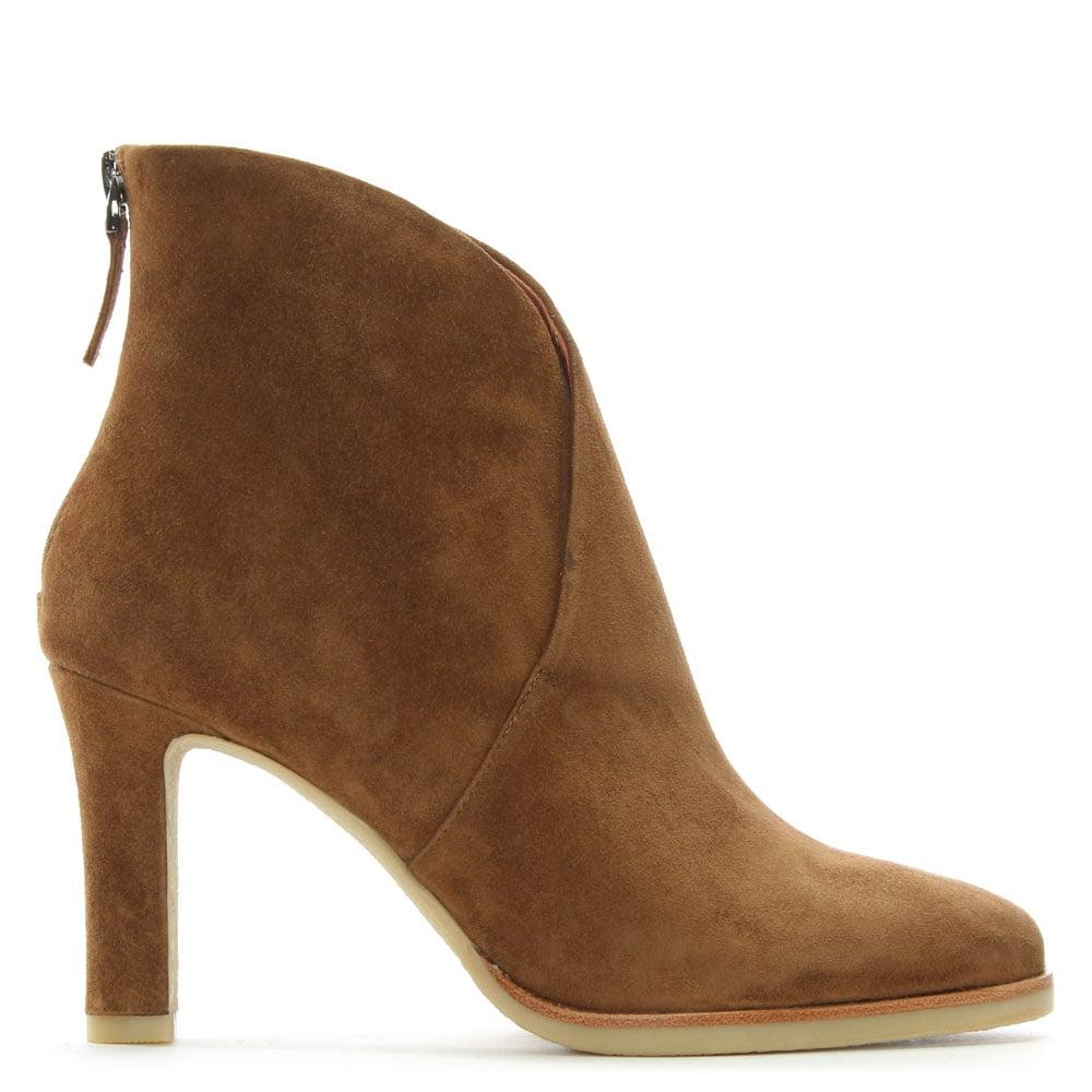 Lola Cruz Broadchurch Tan Suede V Ankle Boots In Brown Lyst