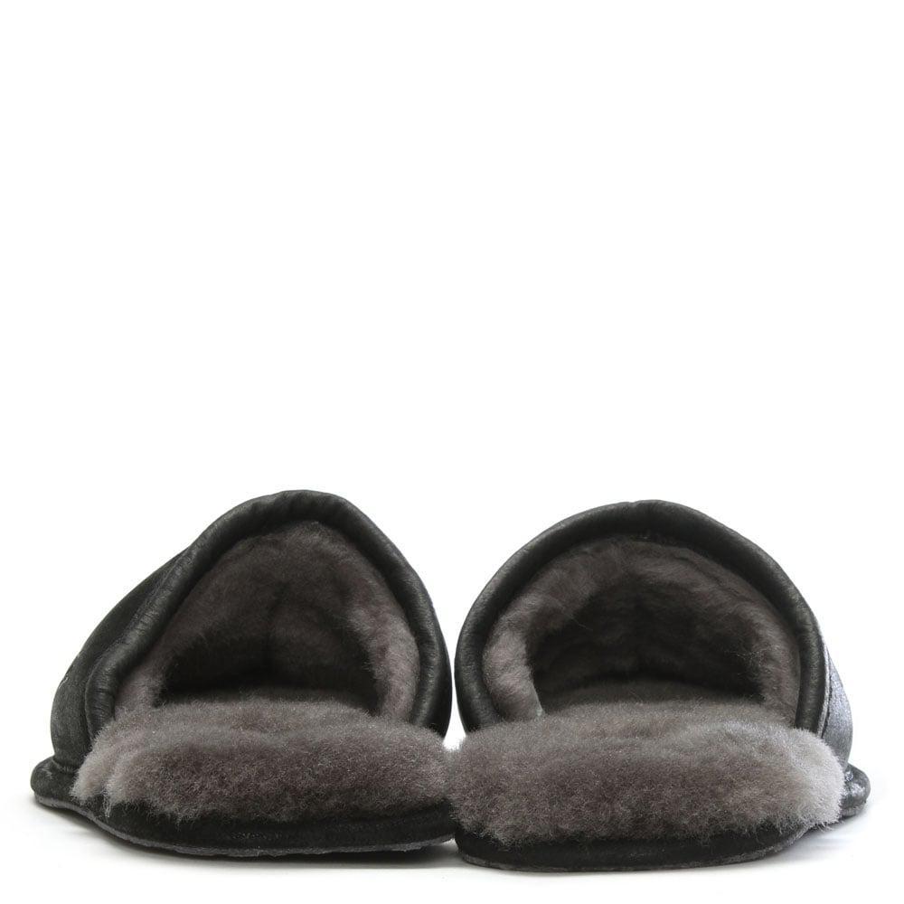 1b0960c11ad Ugg Men'S Scuff Deco Black Slippers for men