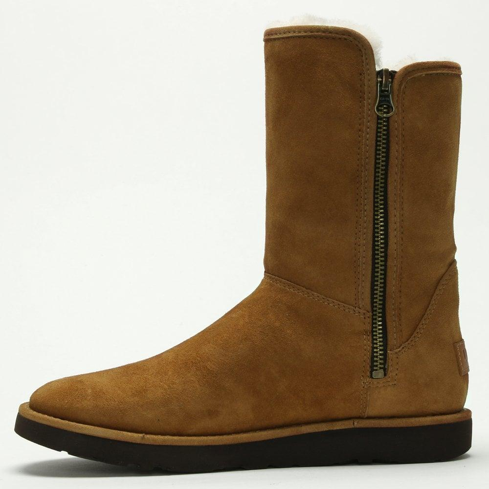 UGG Abree Short Ii Bruno Suede Ankle Boots in Tan Suede (Brown)