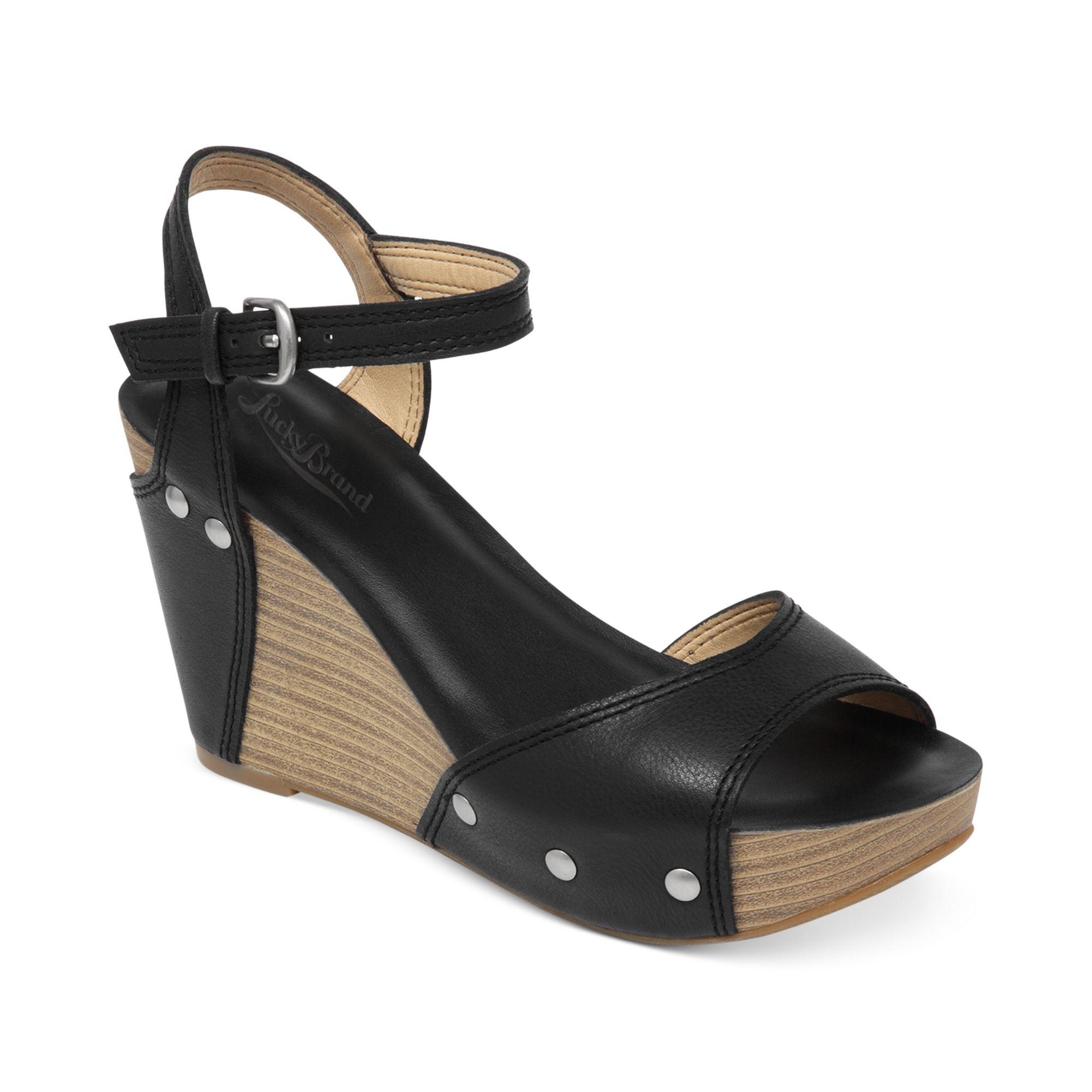 a31a12406 Lucky Brand Marshha Platform Wedge Sandals in Black - Lyst