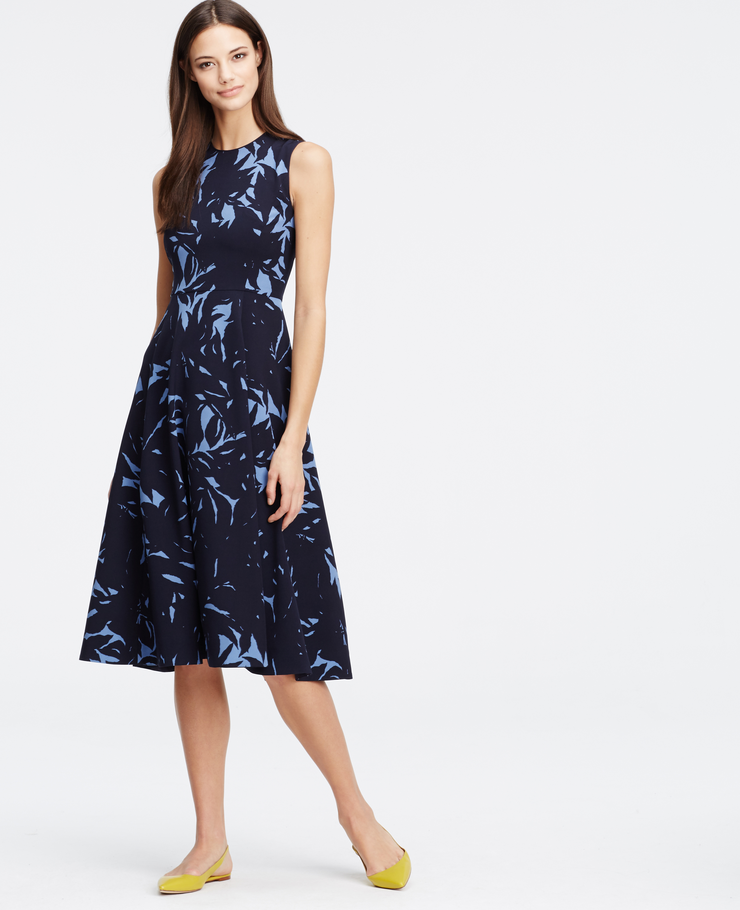Lyst Ann Taylor Petite Shadow Floral Dress In Blue