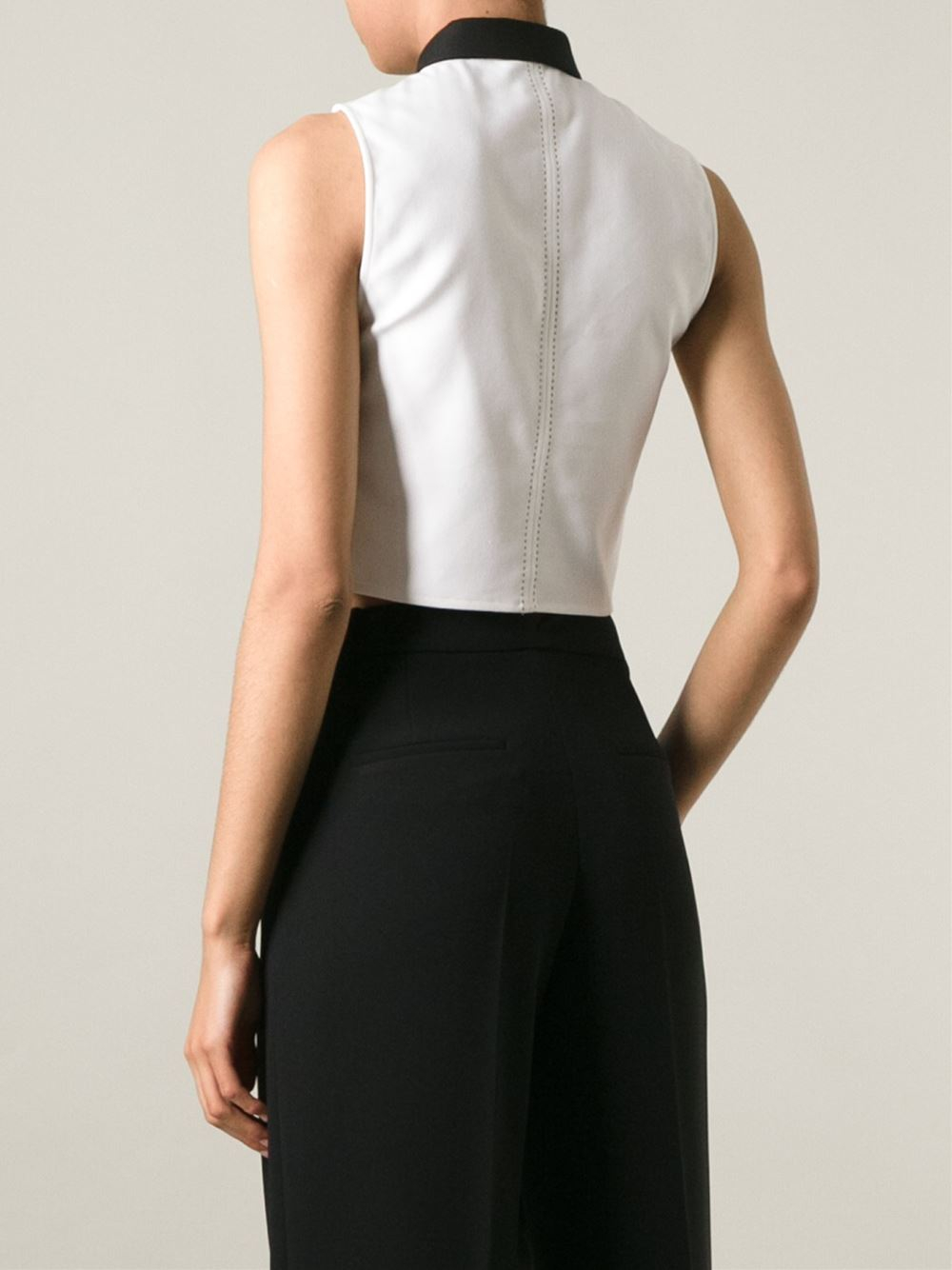 Lyst alice olivia contrasting collar cropped shirt in for Cropped white collared shirt