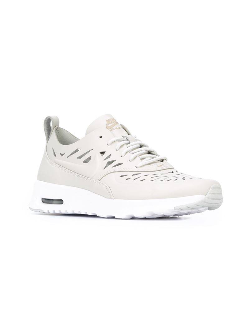 7d306572304a2c Gallery. Previously sold at  Farfetch · Women s Nike Air Max ...