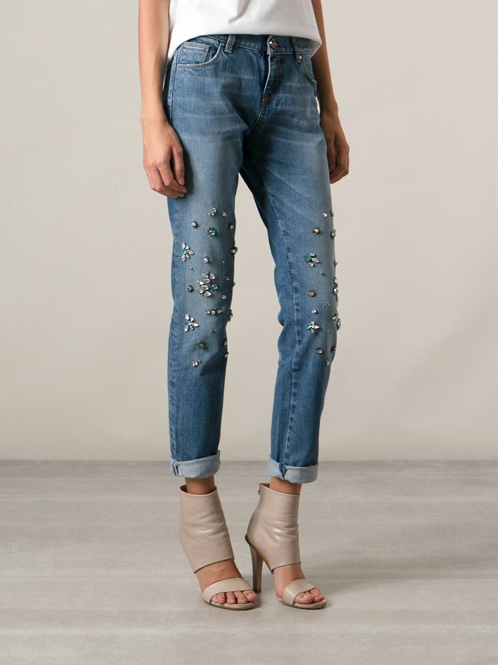 release date c02be 93e06 Pinko Crystal Embellished Jeans in Blue - Lyst