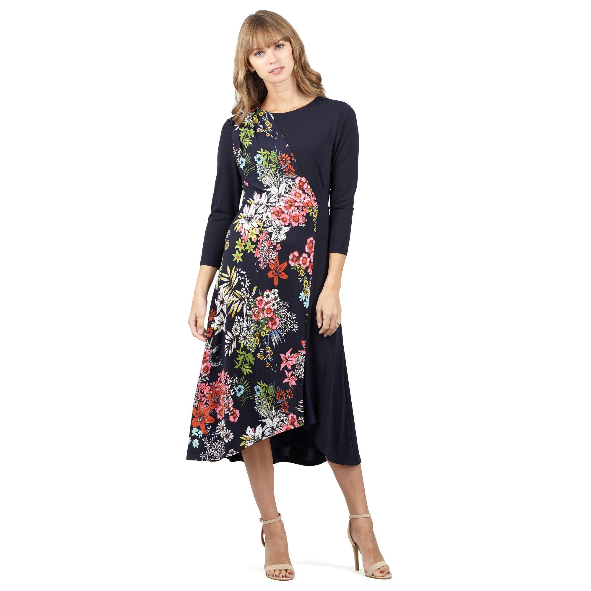 be91182191876 Izabel London Navy Floral Print Midi Dress in Blue - Lyst