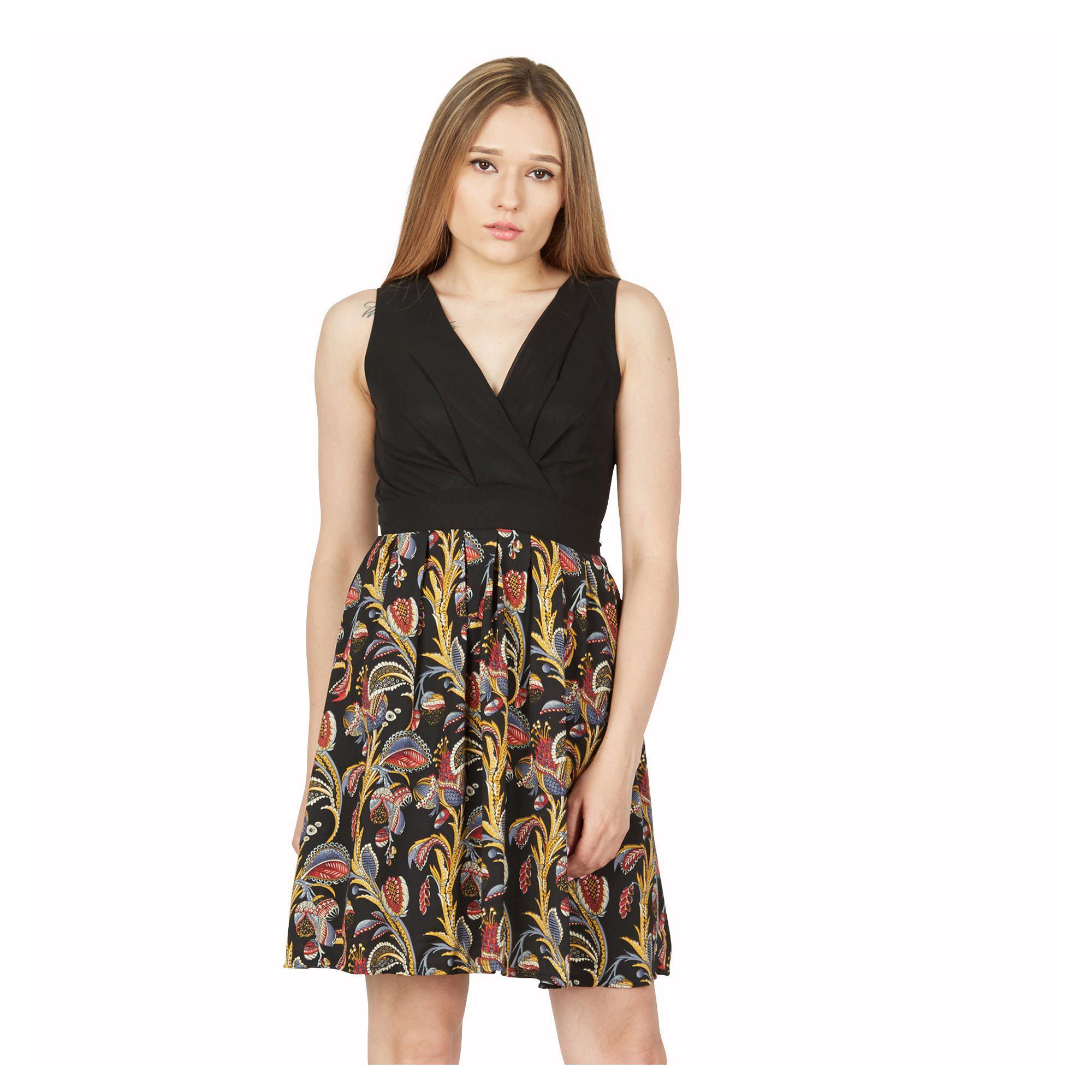 bd7b33247f1 Gallery. Previously sold at  Debenhams · Women s Tropical Print Dresses ...