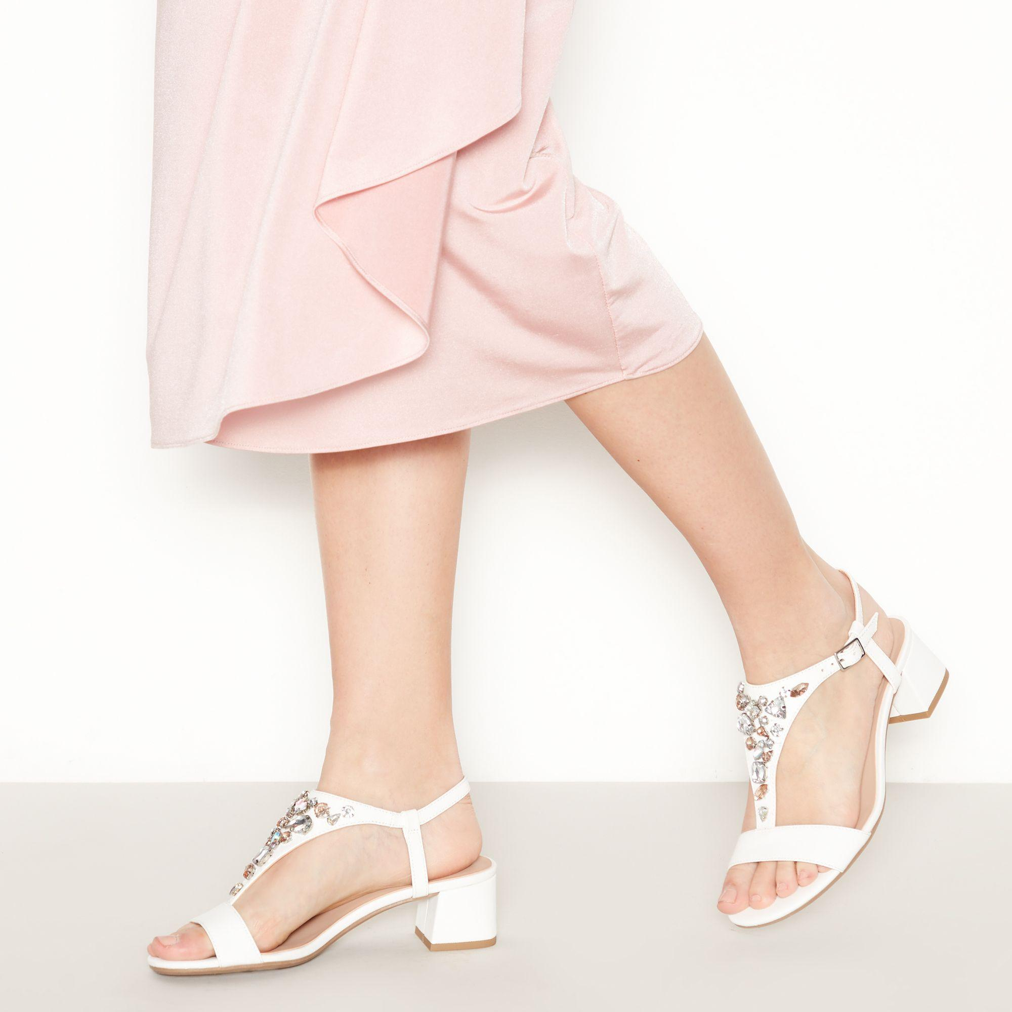 Début Embellished 'darcy' T-bar Sandals in White - Lyst