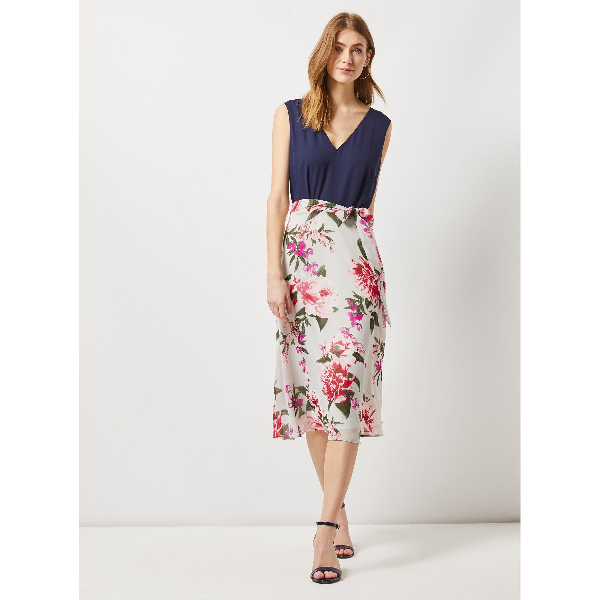 a1bfe96f49 Dorothy Perkins. Women s Gray Billie   Blossom Tall Grey Floral Print Midi  Dress