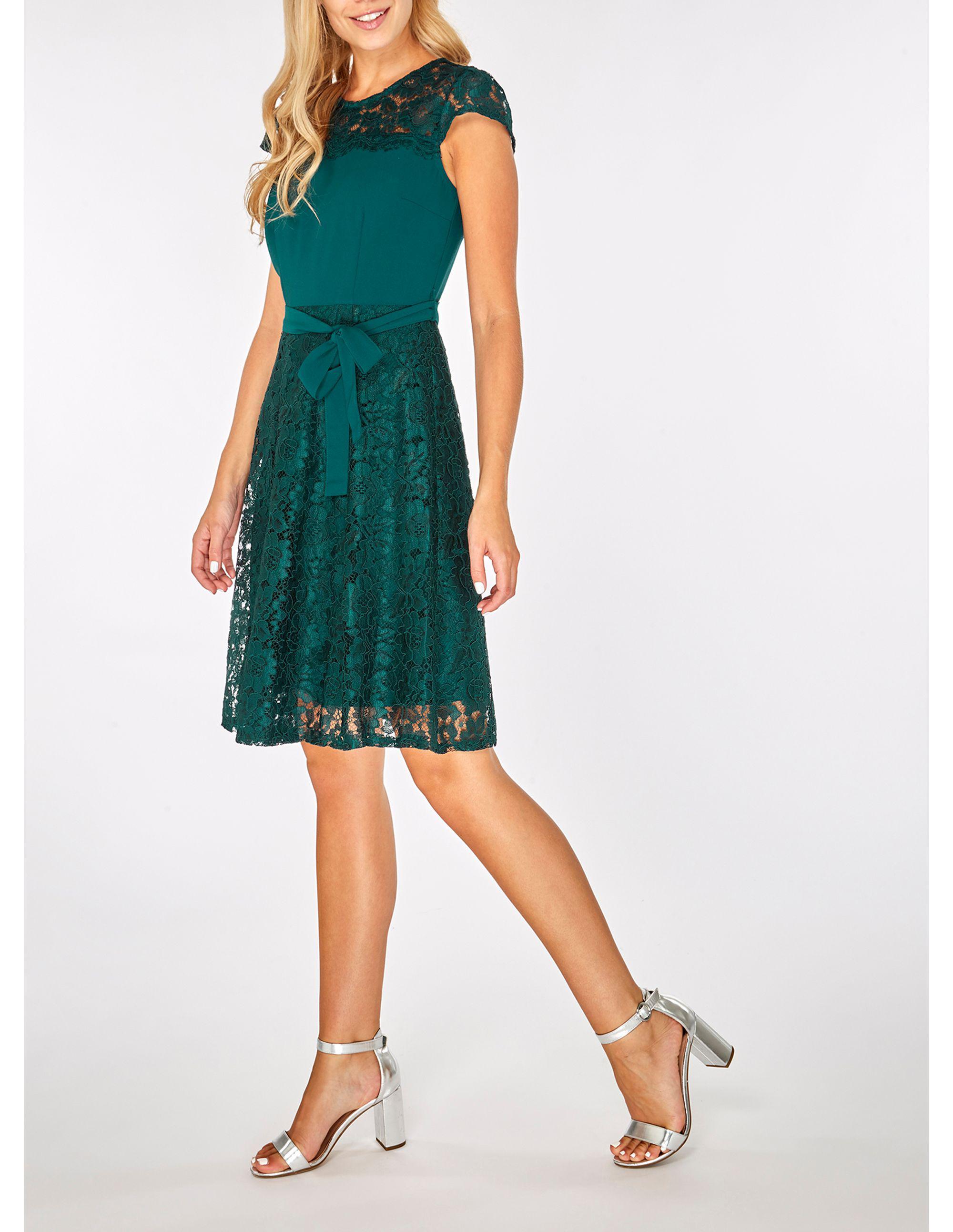 Billie Blossom Green Short Sleeve Lace Skater Dress
