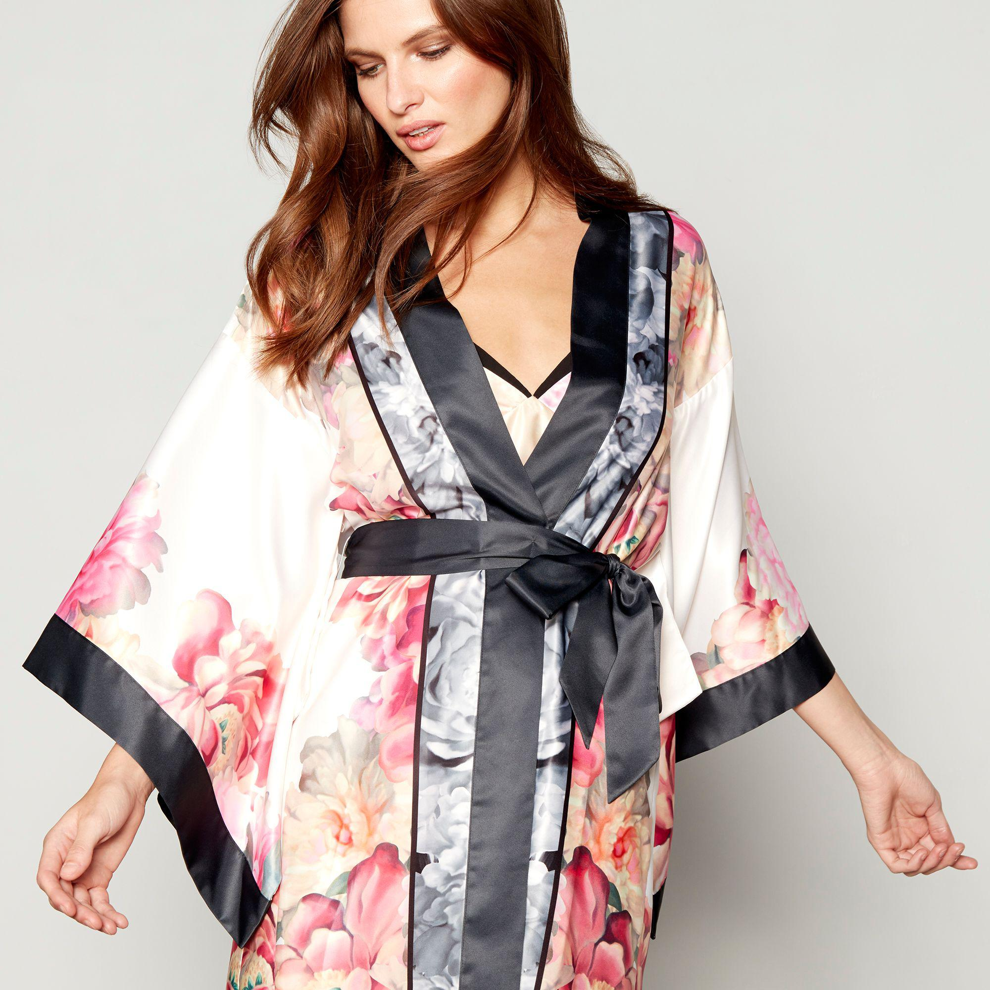 7694b6fb4e9 Ted Baker Light Pink Floral Print Satin 'painted Posey' Kimono ...