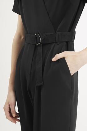 2d652f16e053 Lyst - TOPSHOP Petite Judo Wrap Jumpsuit in Black