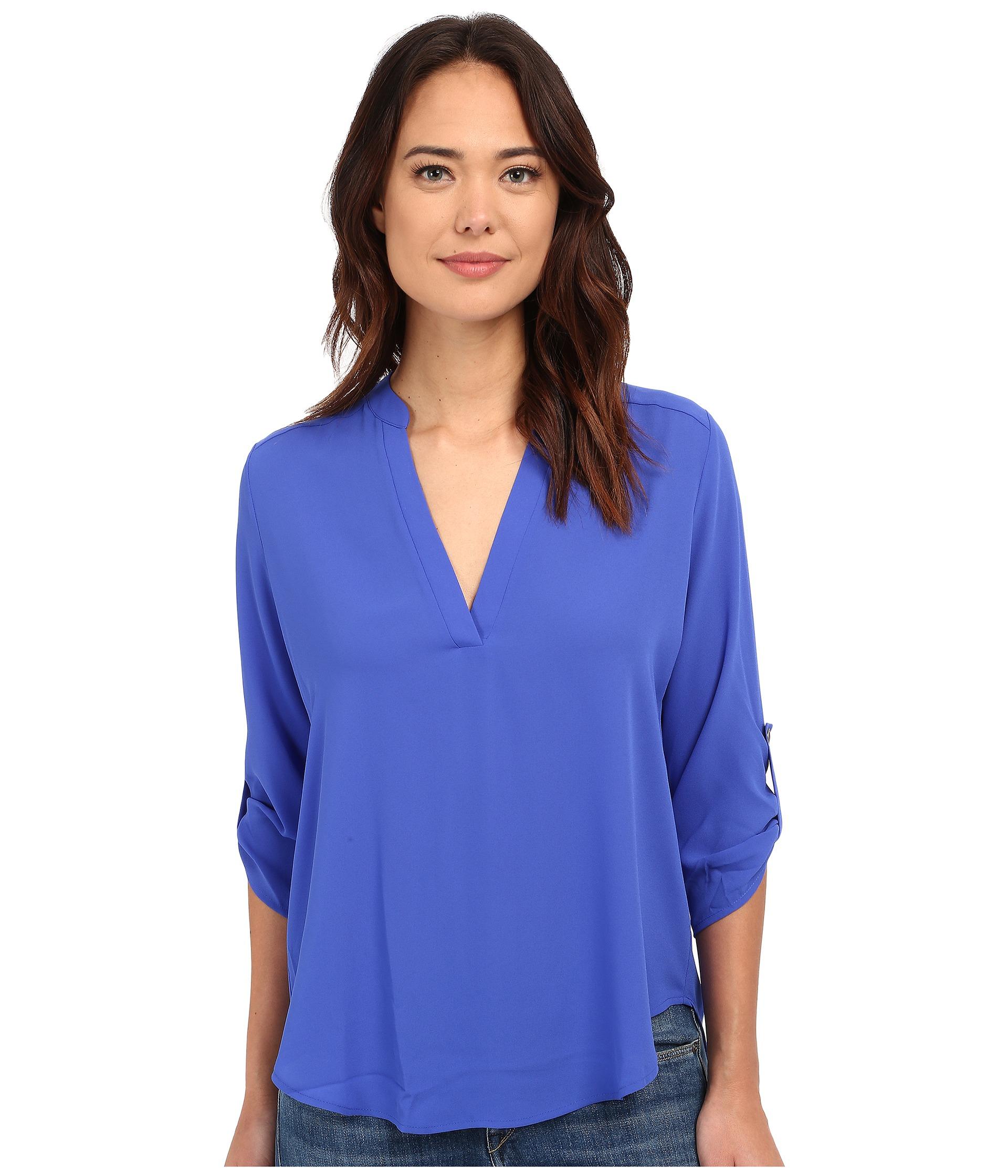 Brigitte bailey Channing V-neck Blouse in Blue | Lyst