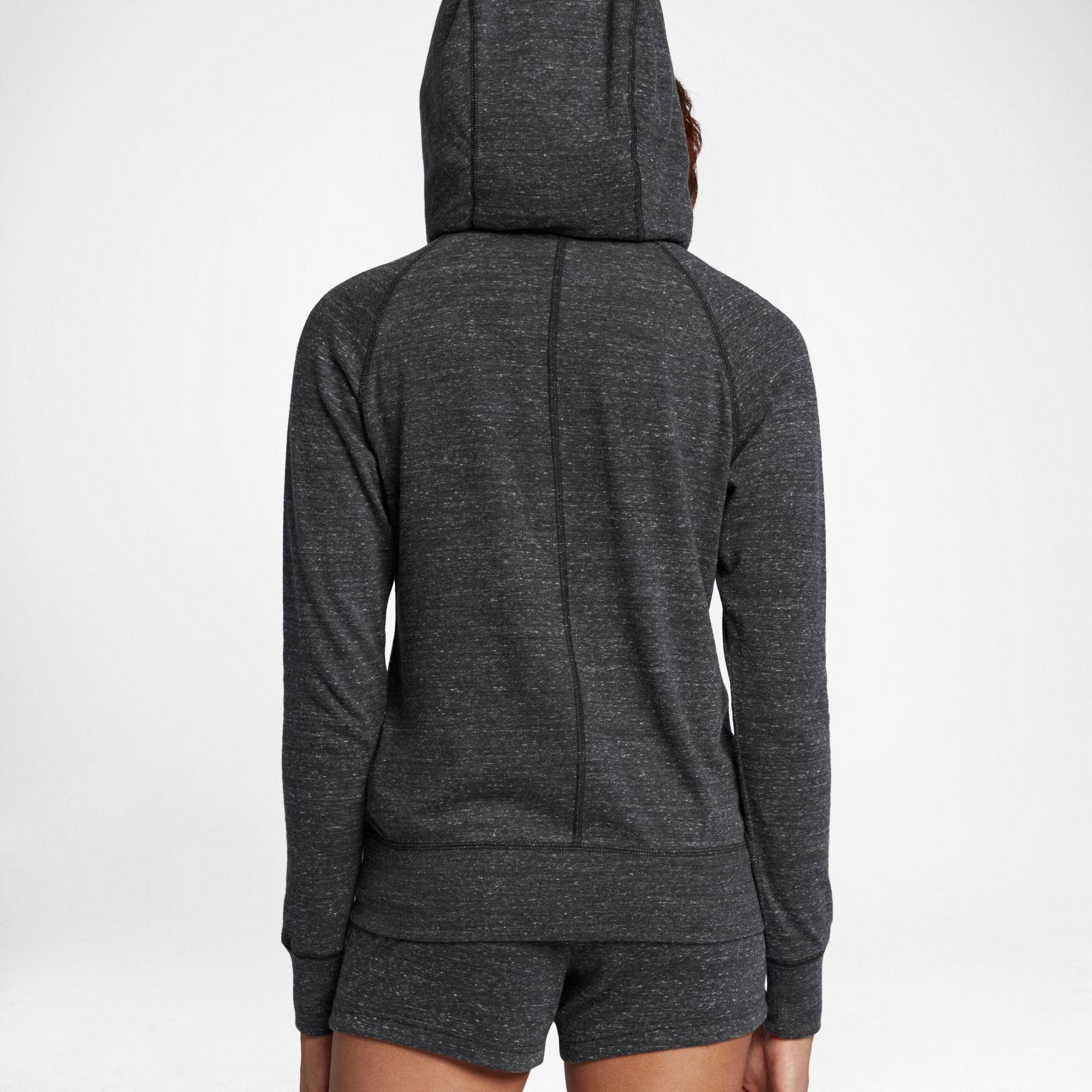nike essential fleece oversized hoody