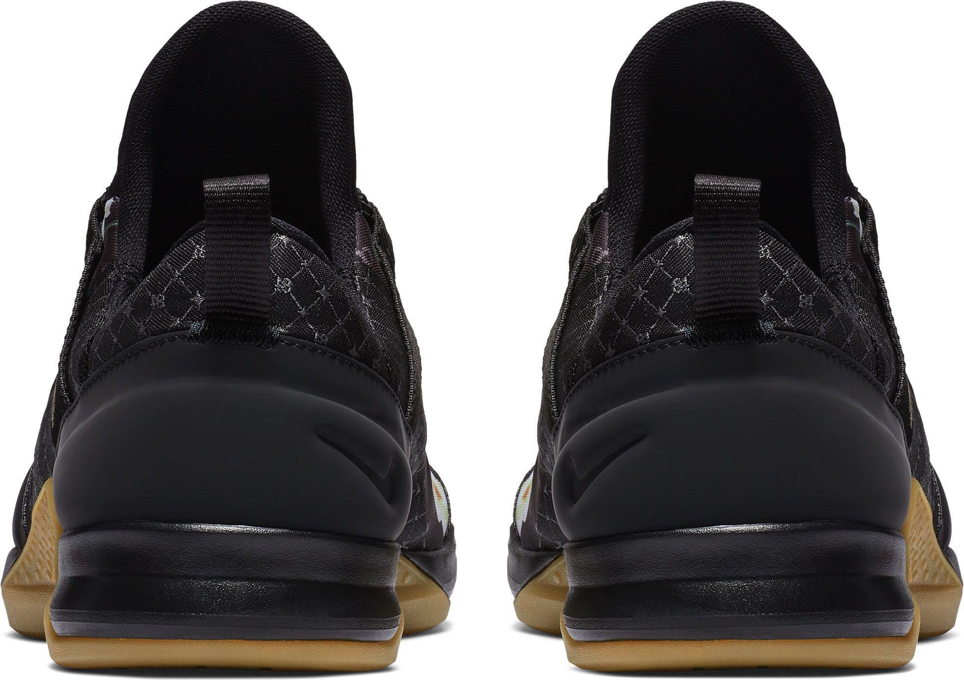inteligente Resaltar Ciencias  Nike Rubber Tech Trainer Antonio Brown Shoes in Light Bone/Black/Gold  (Black) for Men - Lyst