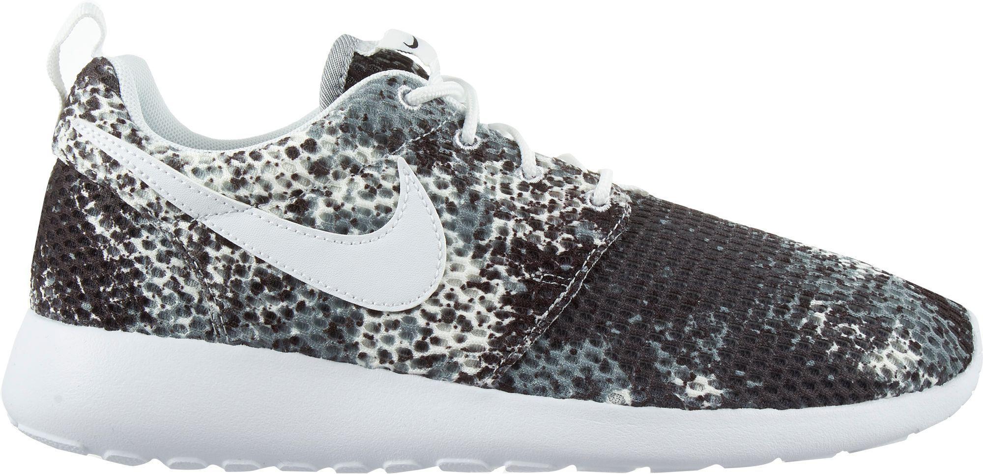 ab53691e7840 Lyst - Nike Roshe One Print Shoes