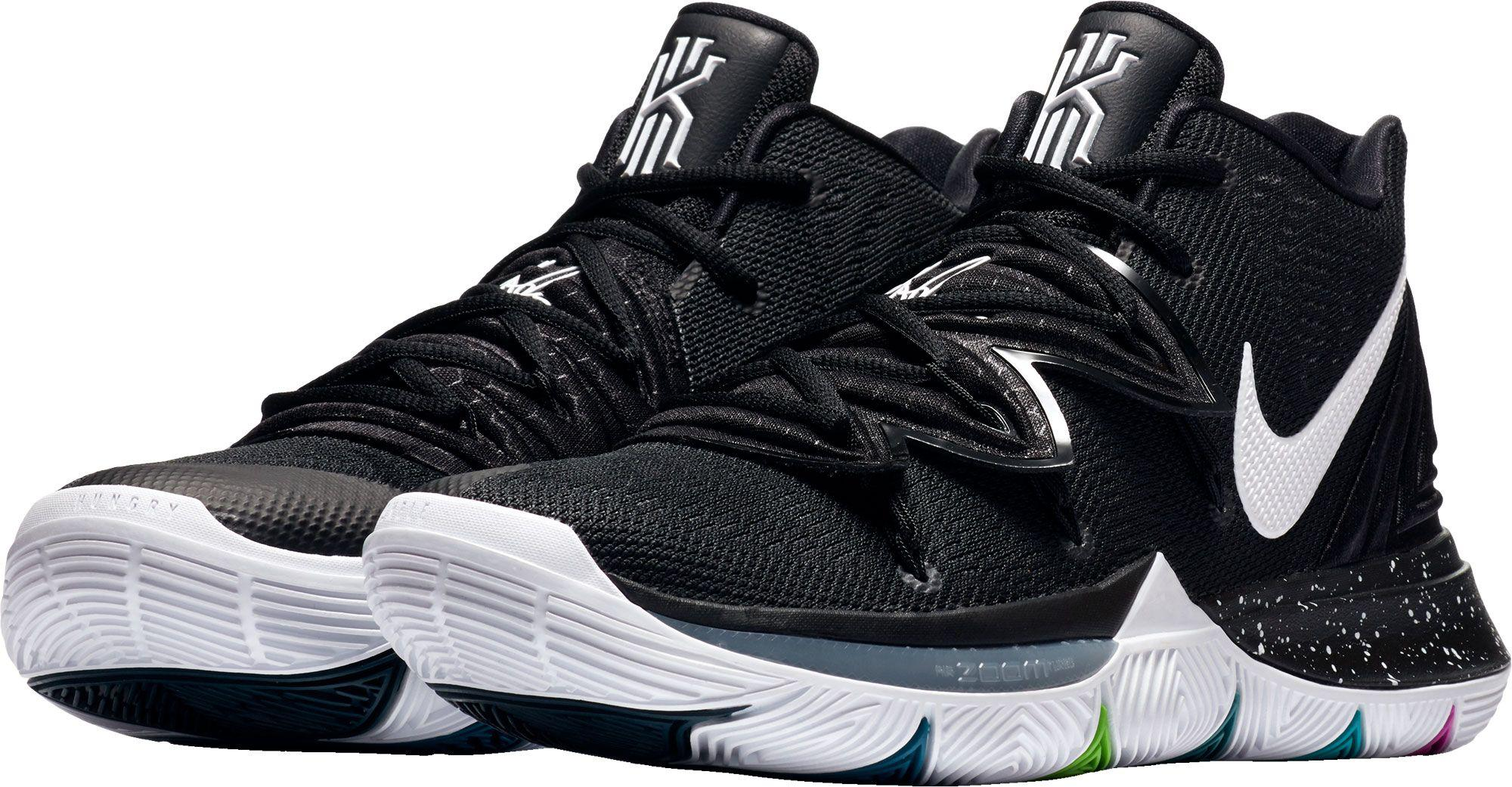 Nike Kyrie 5 Basketball Shoes in Black