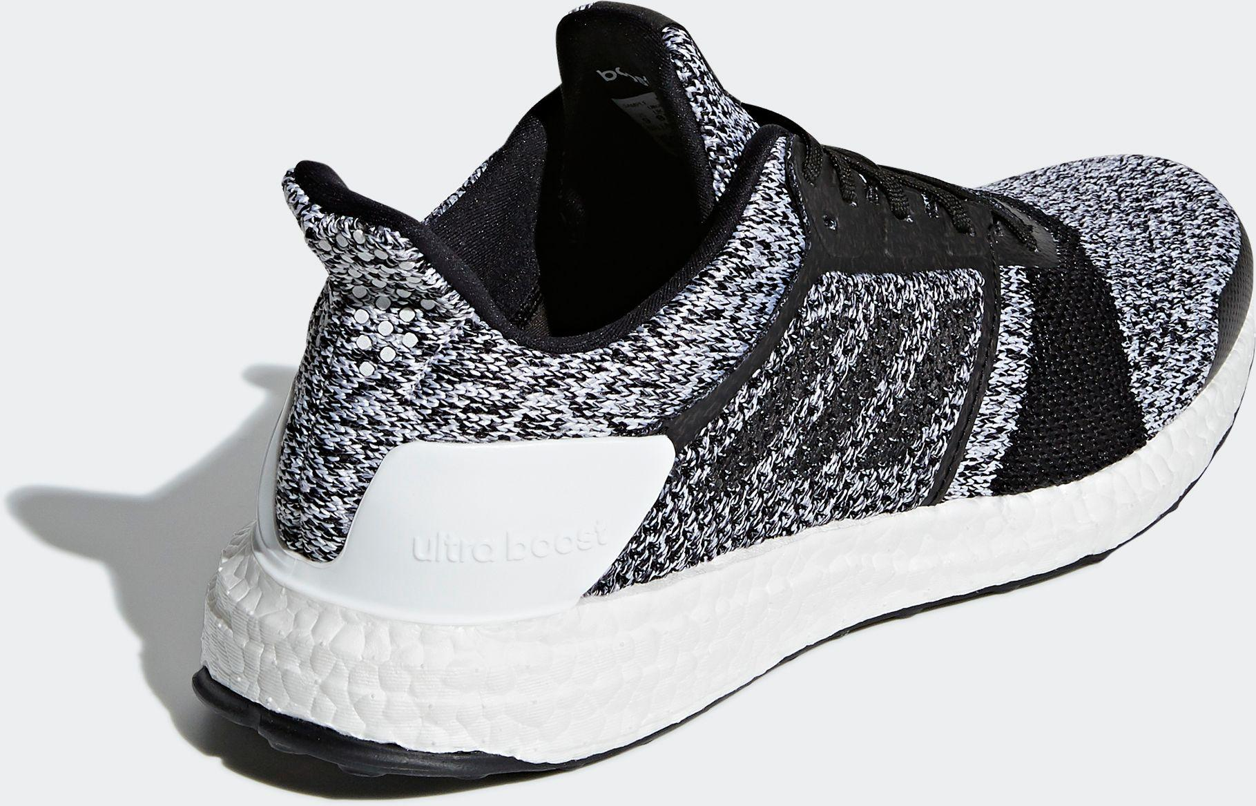 adidas Rubber Ultraboost St Running Shoes in Black for Men