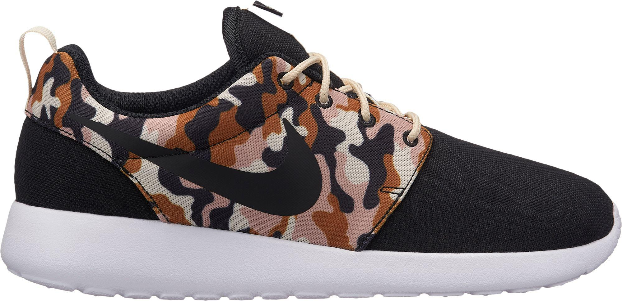 e087c8e978b19 Nike - Multicolor Roshe One Se Camo Shoes for Men - Lyst. View fullscreen