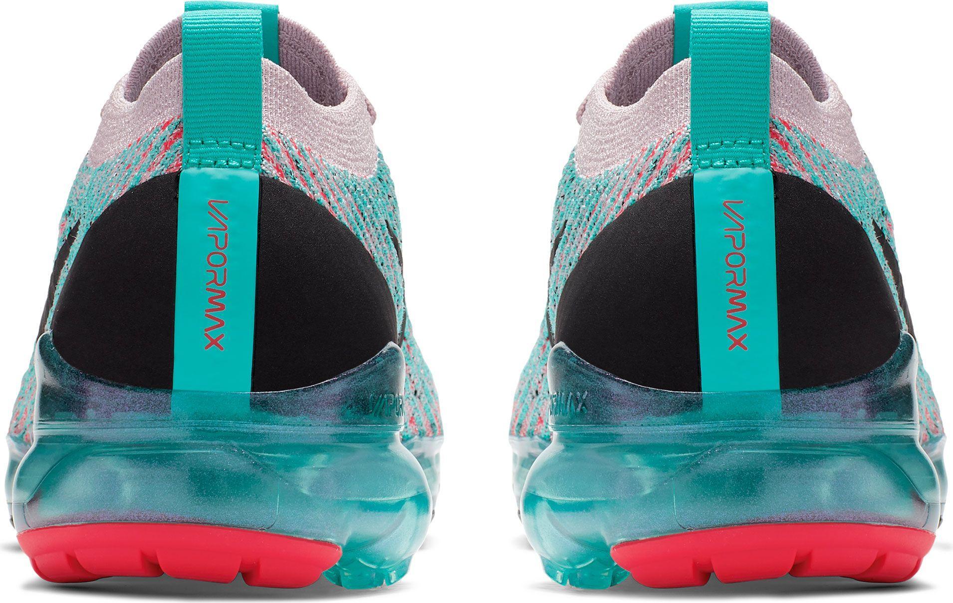 huge discount 7fb0b 584cd Women's Air Vapormax Flyknit 3 Shoes
