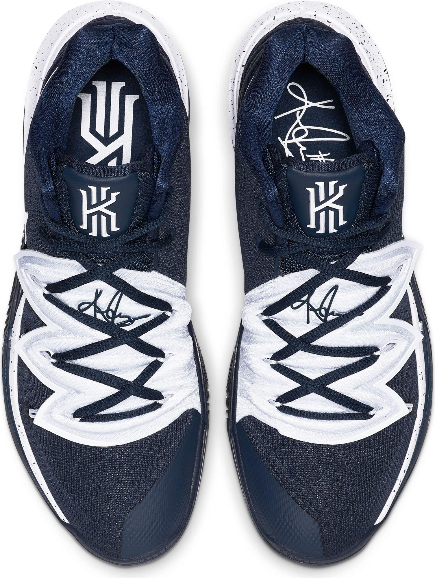 Nike Kyrie 5 Basketball Shoes in Navy