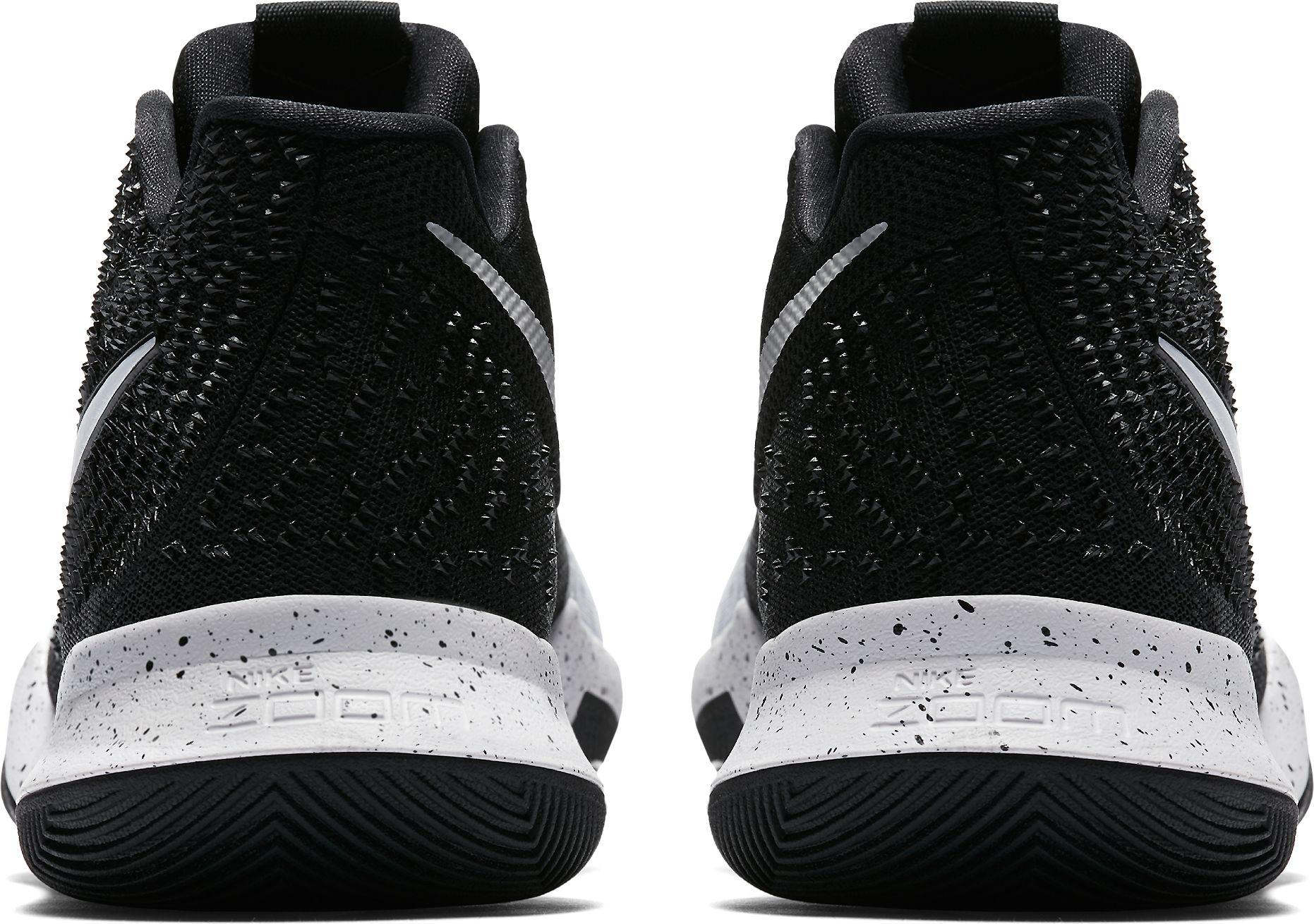 finest selection 3b7ed 32594 Nike Black Kyrie 3 Tb Basketball Shoes for men