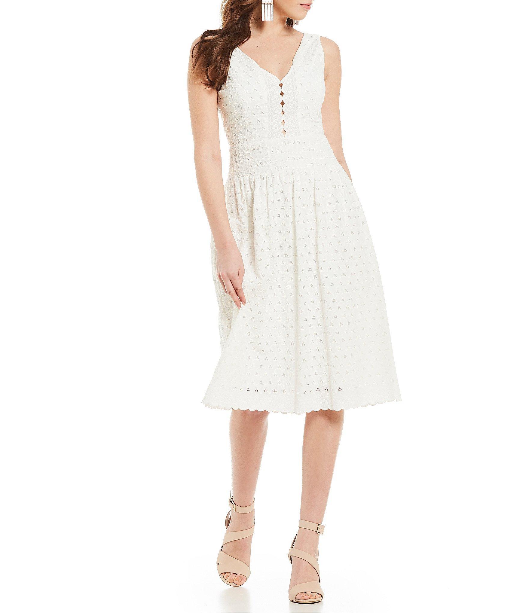f7208d1269 Lyst - Gianni Bini Venda Eyelet Sleeveless V-neck Midi Dress in White