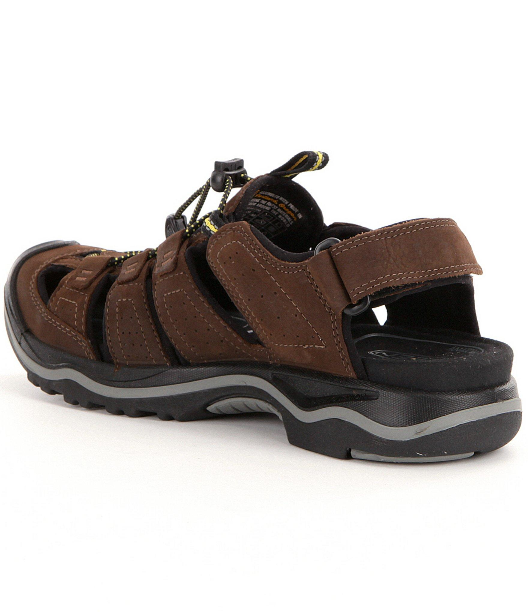 Lyst keen rialto men 39 s fisherman waterproof sandals for men for Mens fishing sandals