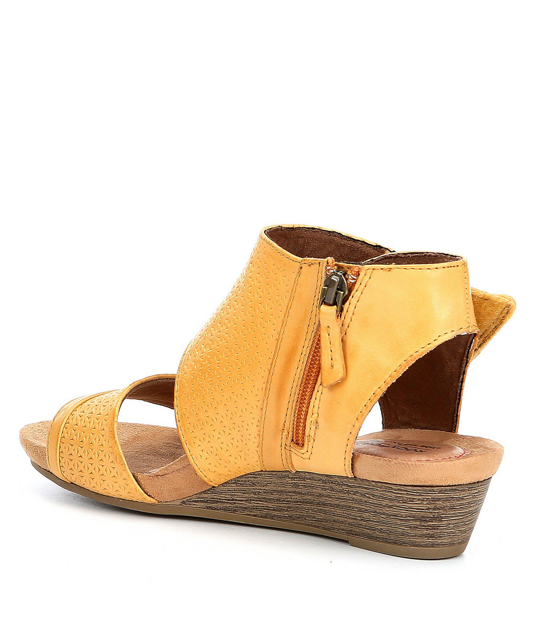 2873171cdb92 Rockport - Multicolor Cobb Hill Hollywood Cuff Wedge Sandals - Lyst. View  fullscreen