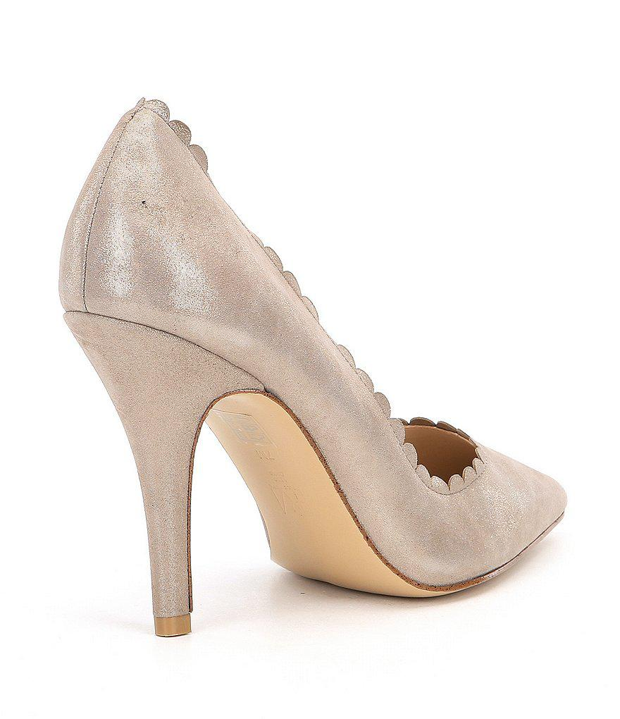 Vail Suede Scalloped Pumps YuL6sb