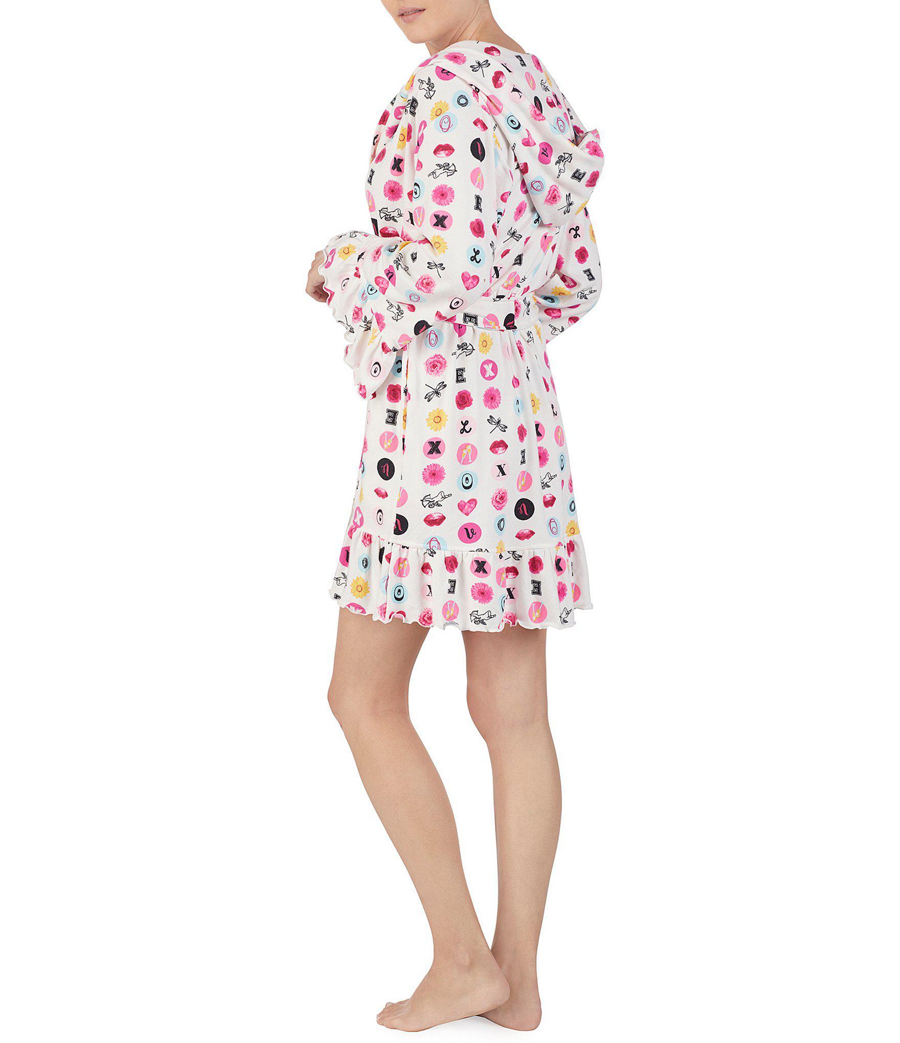 ba07a4180f Betsey Johnson - White Icons   Love Printed Hoodie Short Wrap Robe - Lyst.  View fullscreen